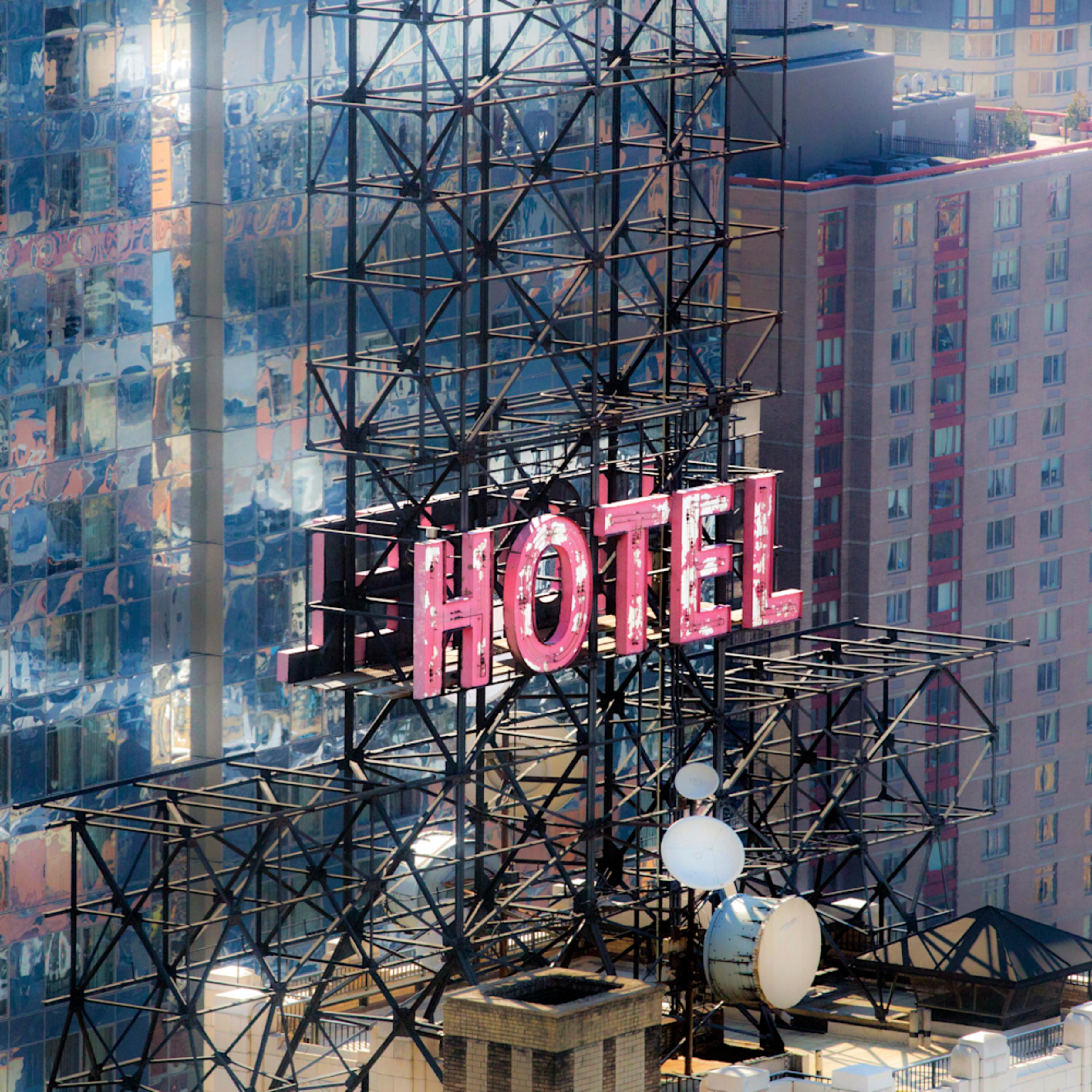 Goldman hotel 2463 hrv1 z8ys3e