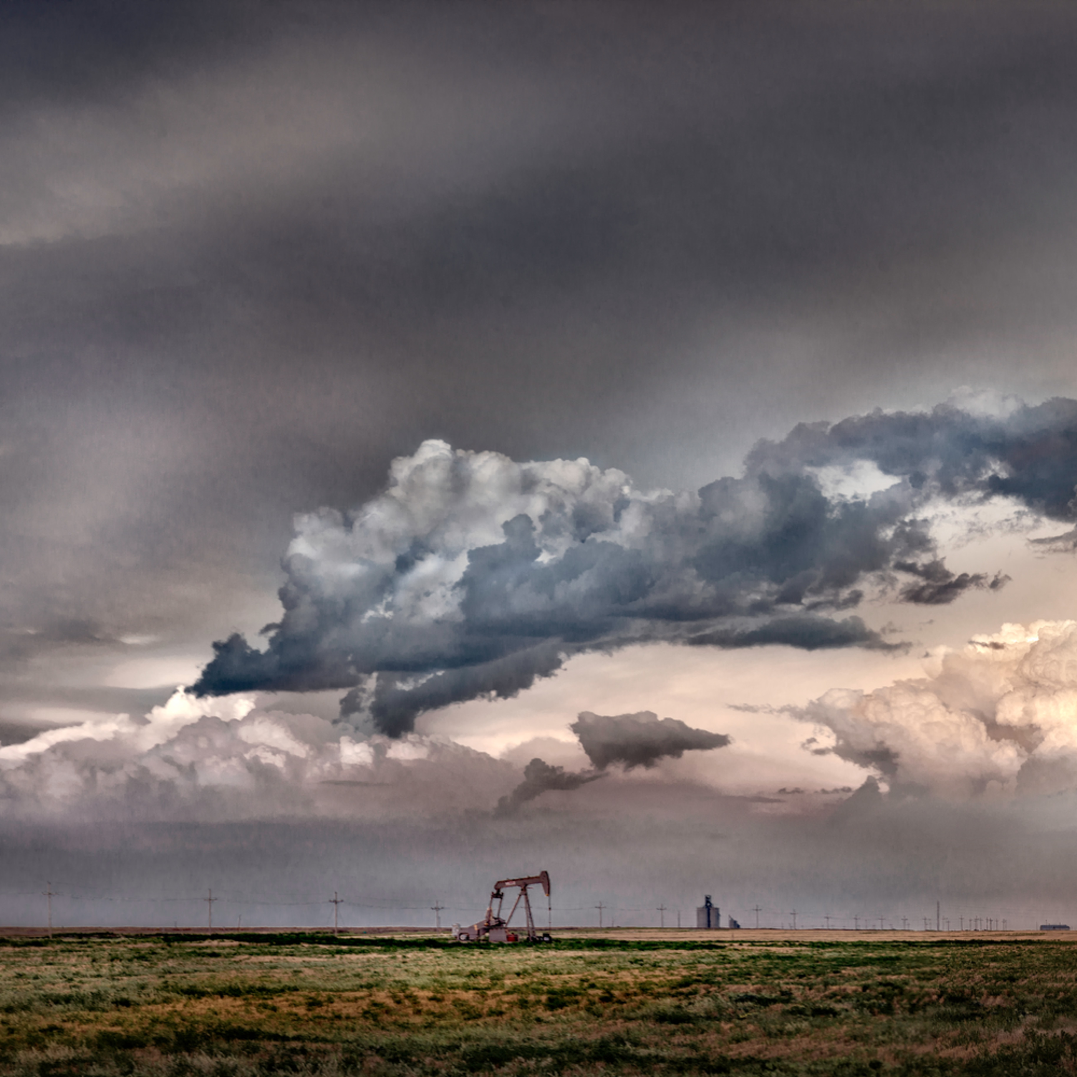 Western kansas cloudscape color s0jelv