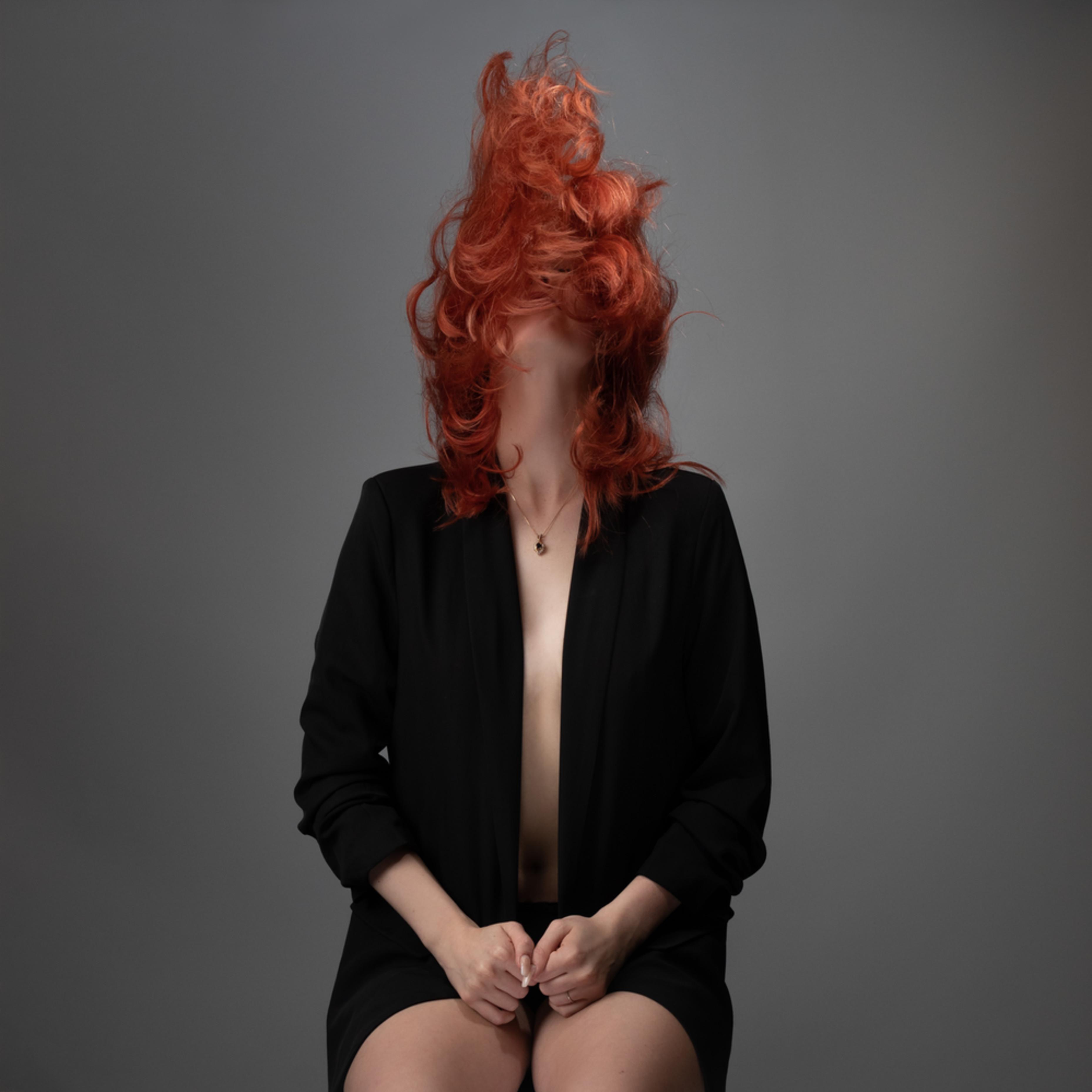 Flaming red hair g38x0x