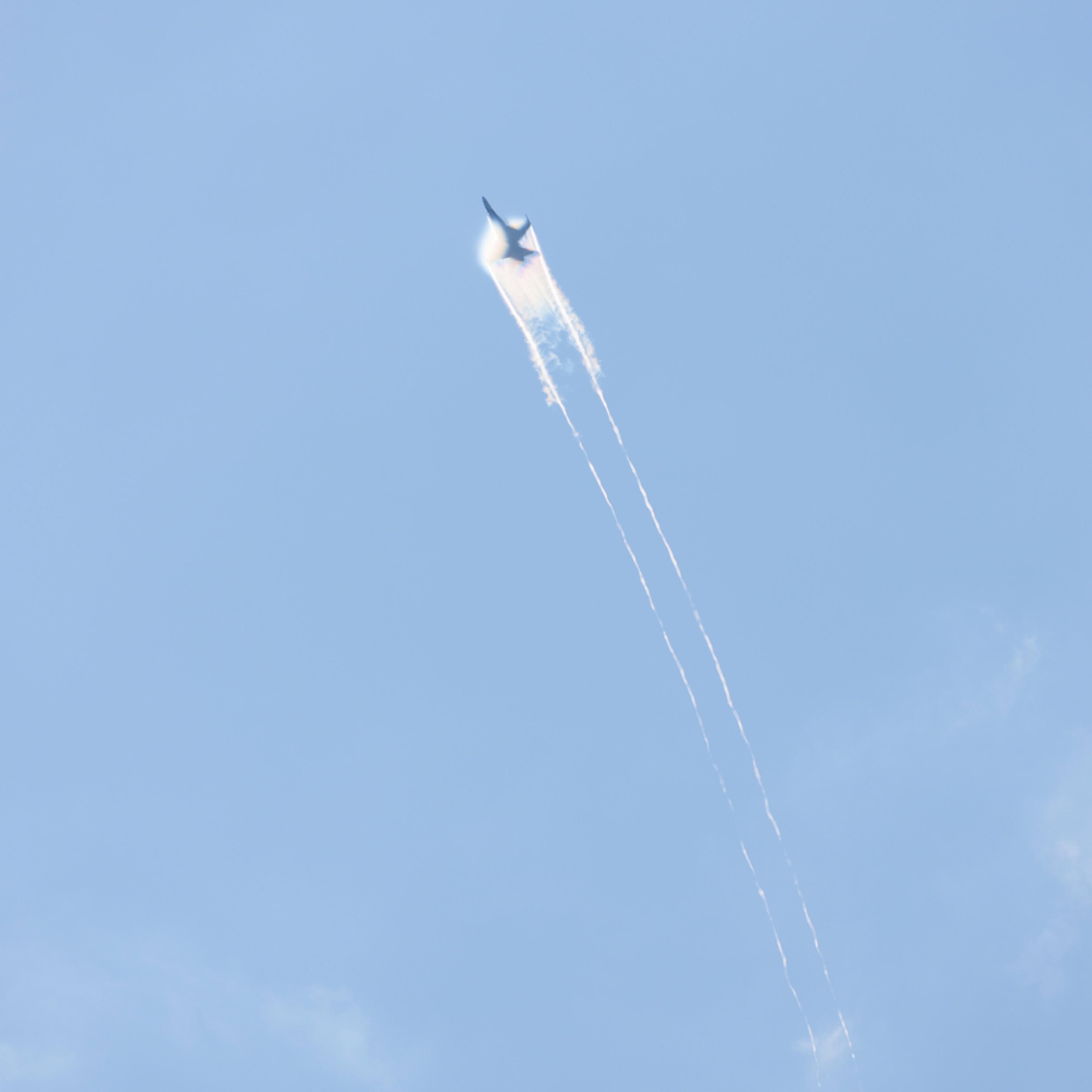 F18 condensation cloud 10722 hpjtey