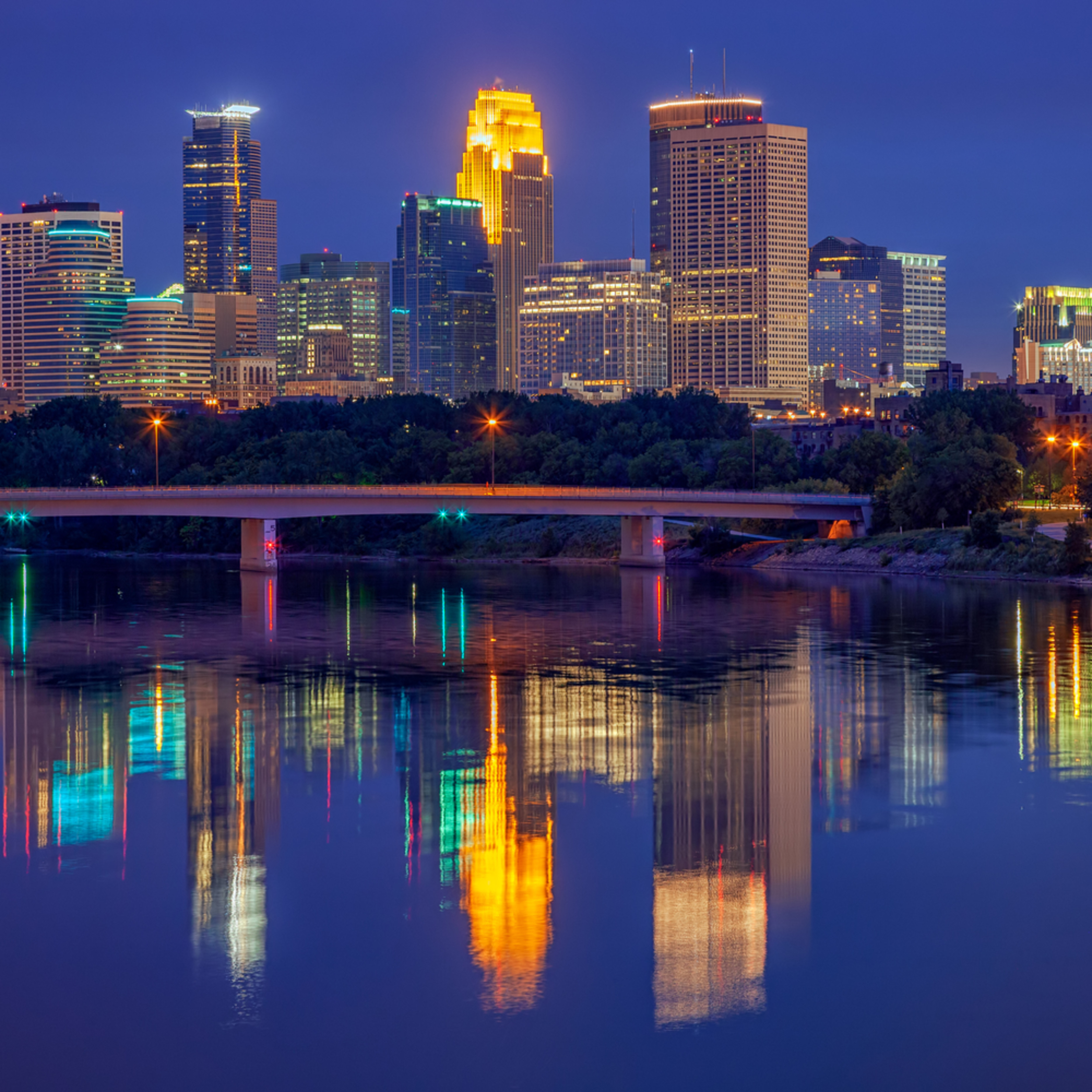 Minneapolis 06 13 10 0011 2019 yi0vrr