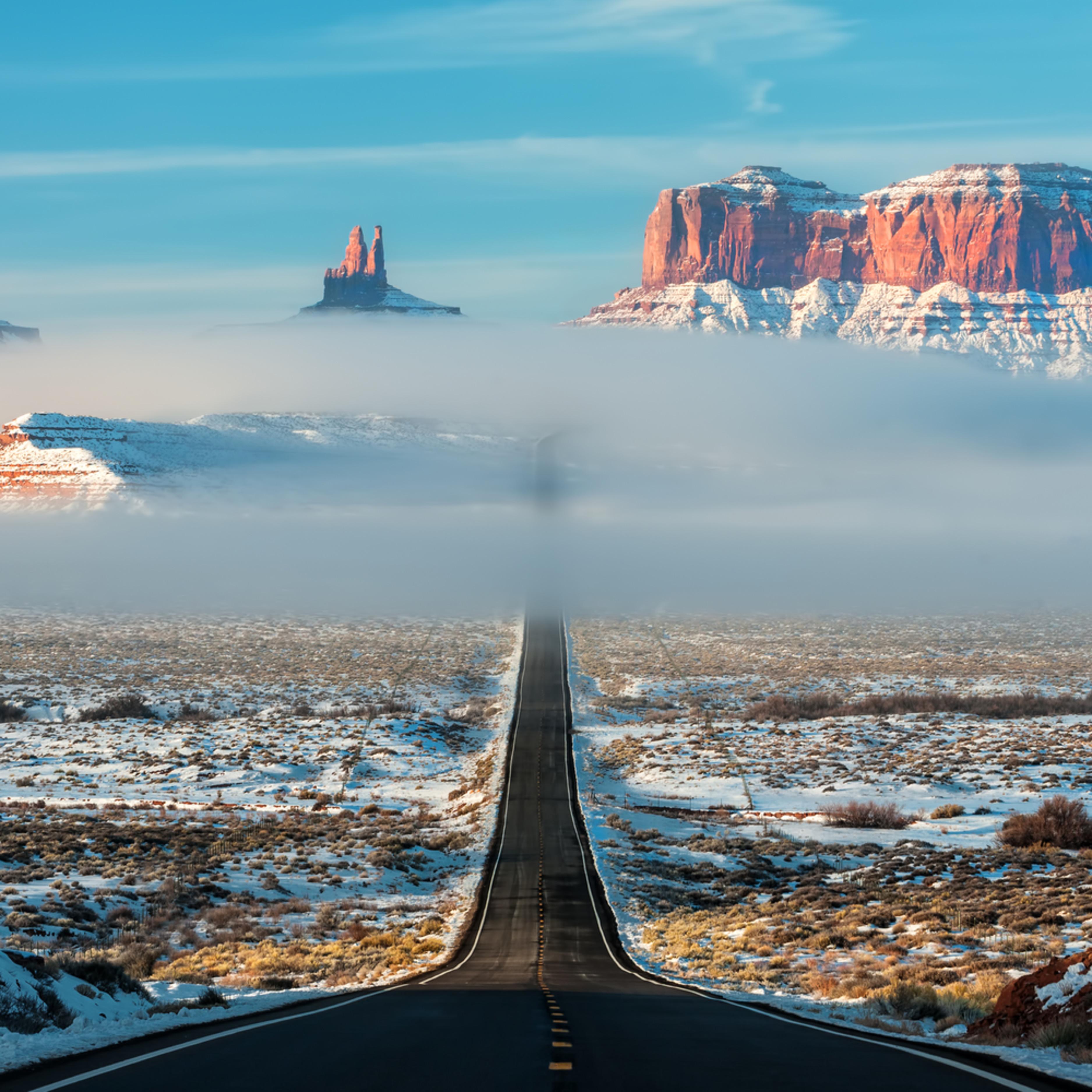 Highway through the clouds semi pan kuvgps