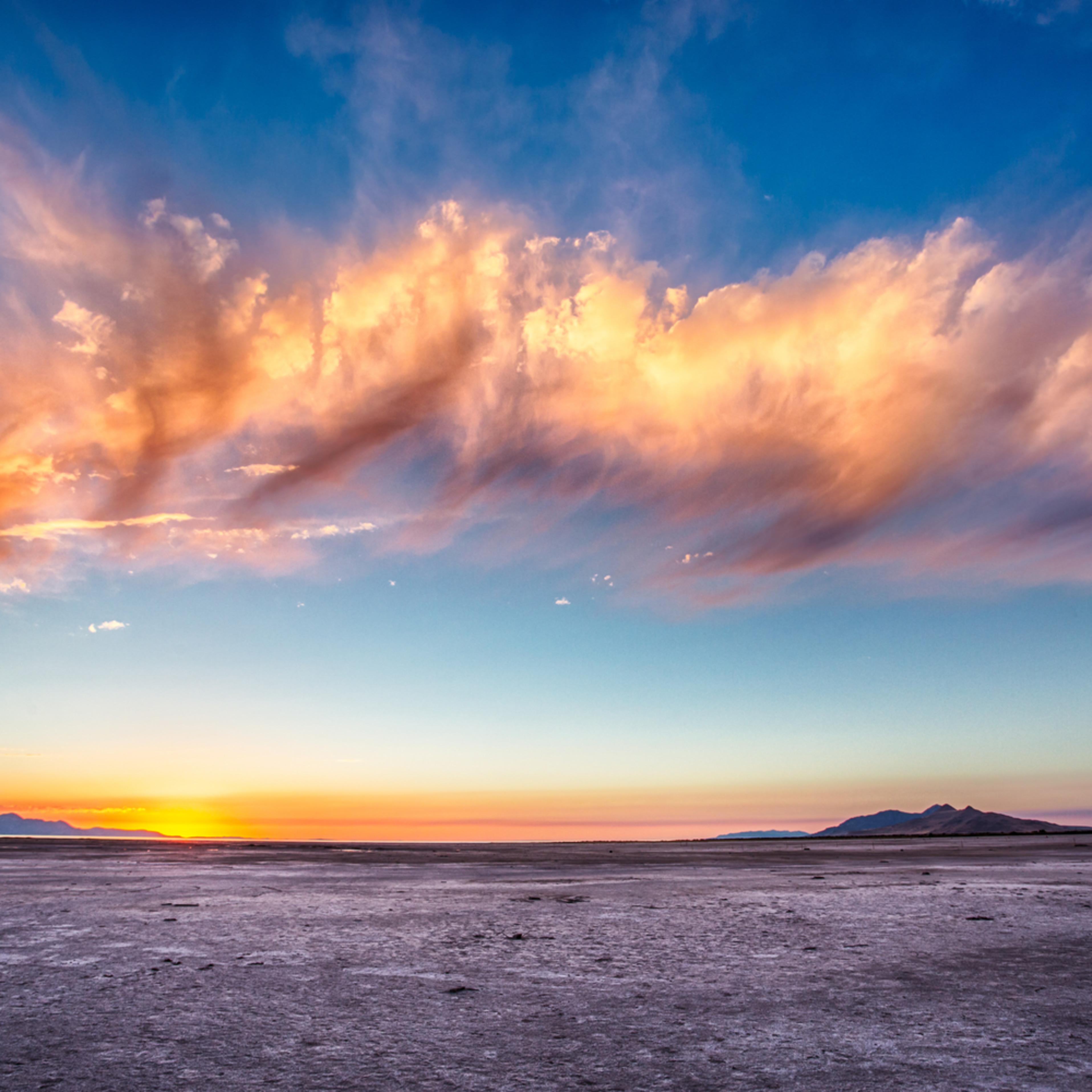 Salt flat sunset ii v7viyt