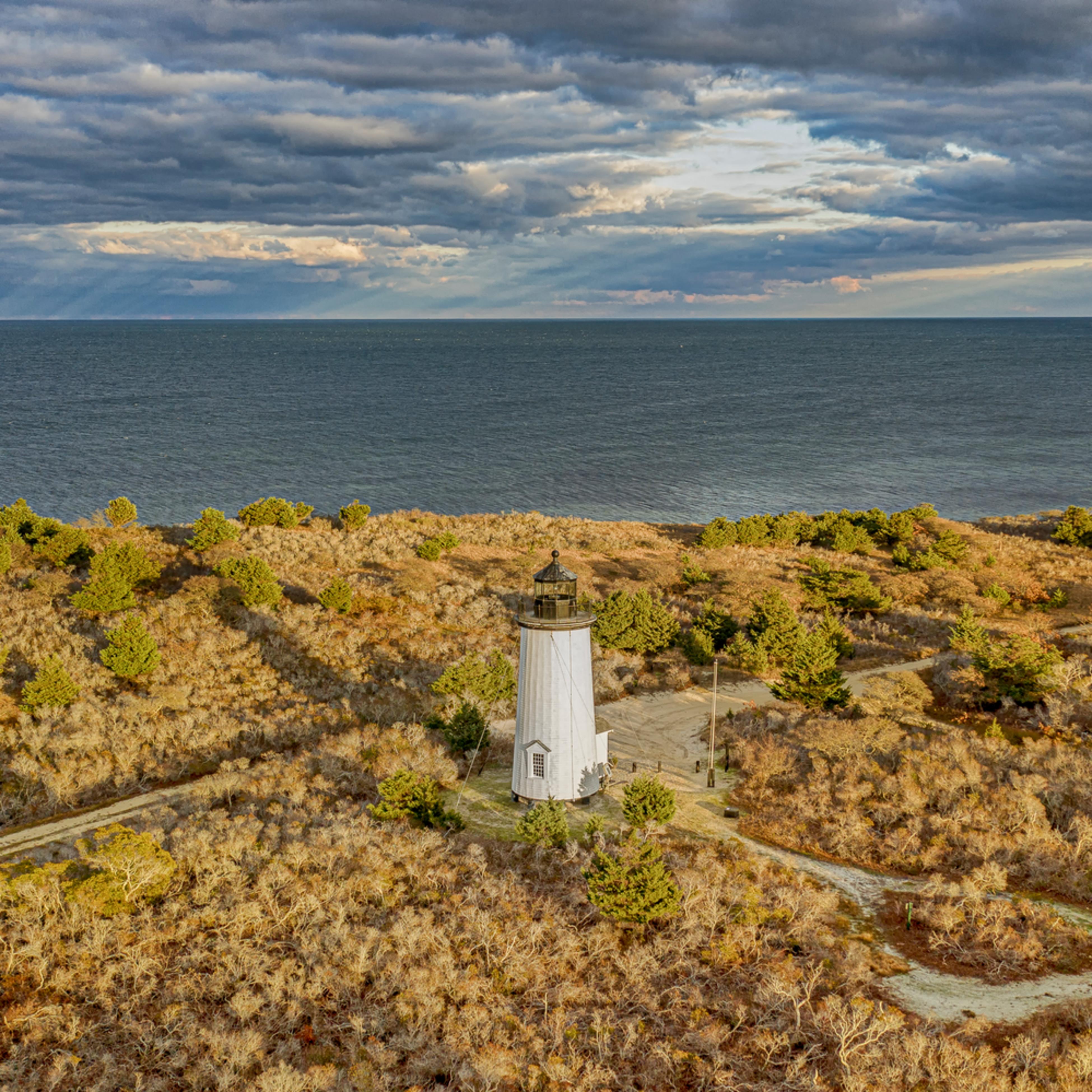 Cape poge light offshore sunbeams le4auw