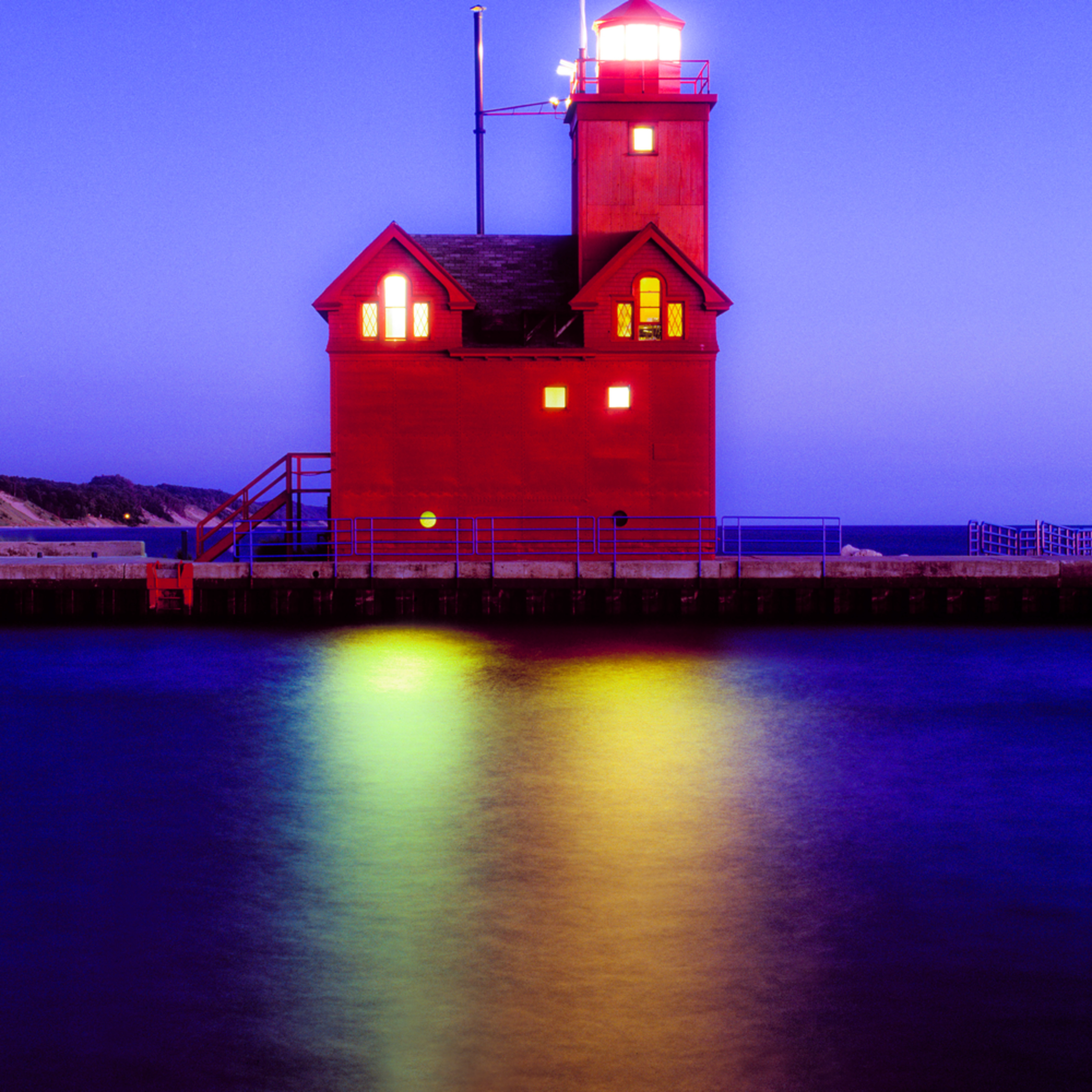 big red light holland mi cvvwjc