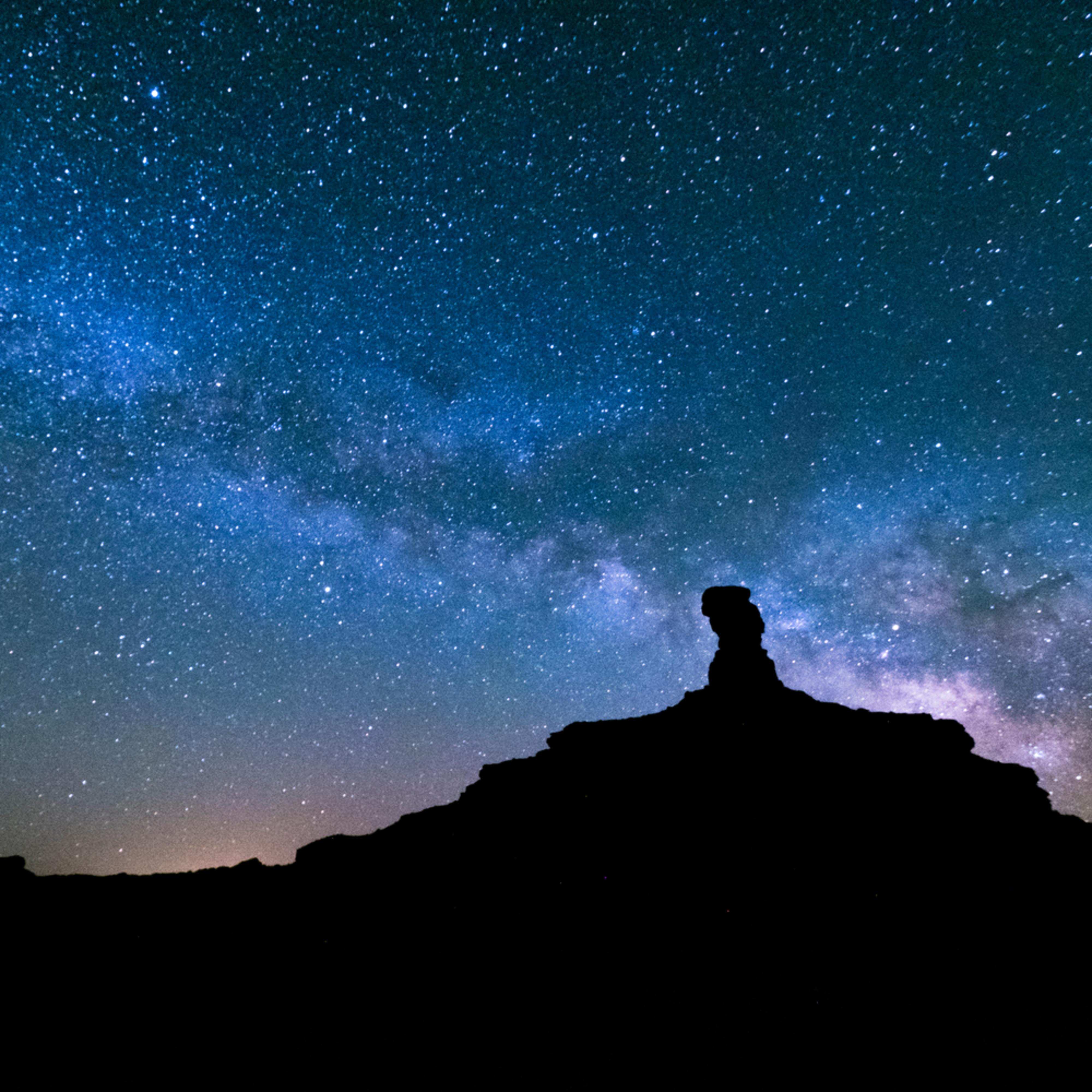 Milky way over valley of gods zscla3