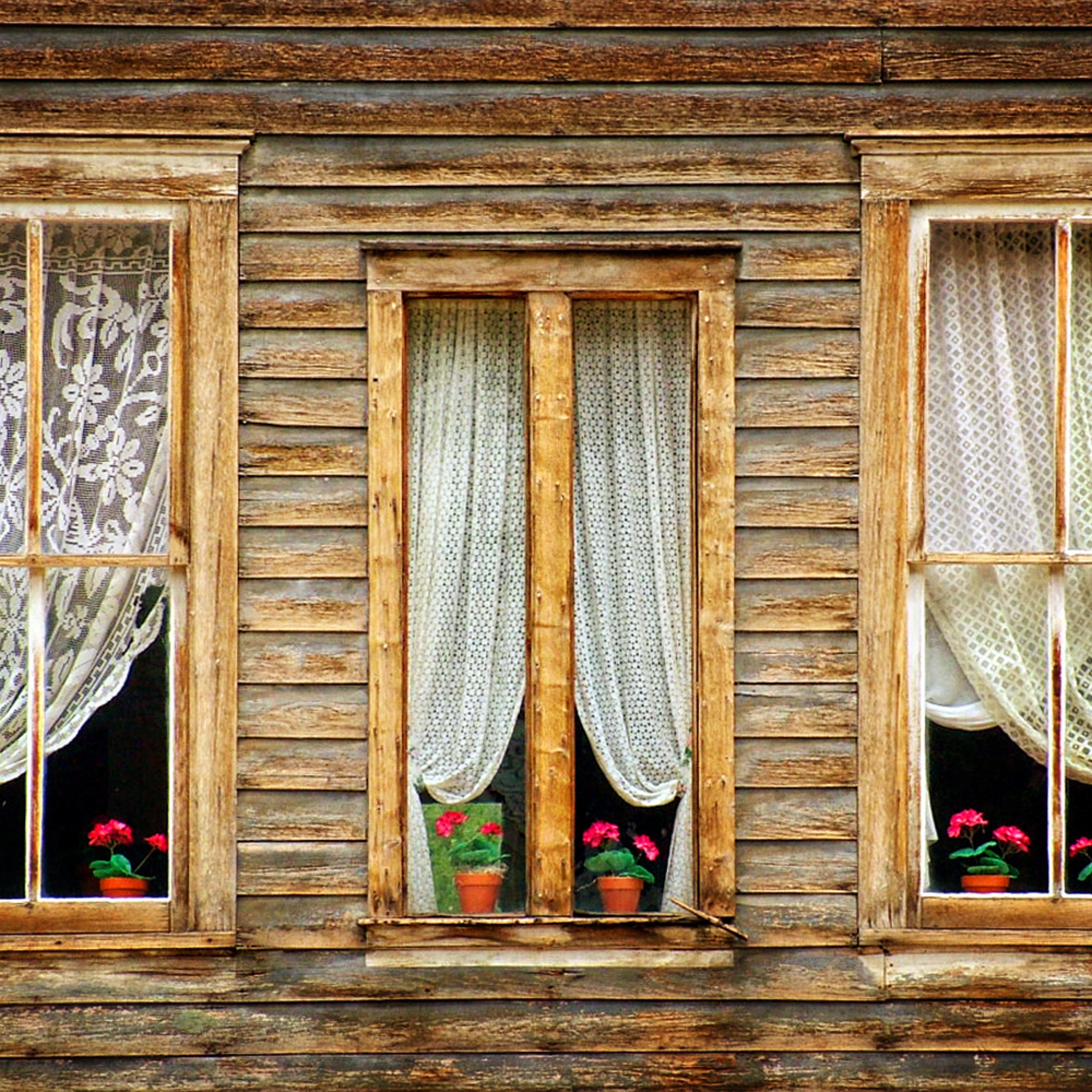 Windows of st elmo jie3ra