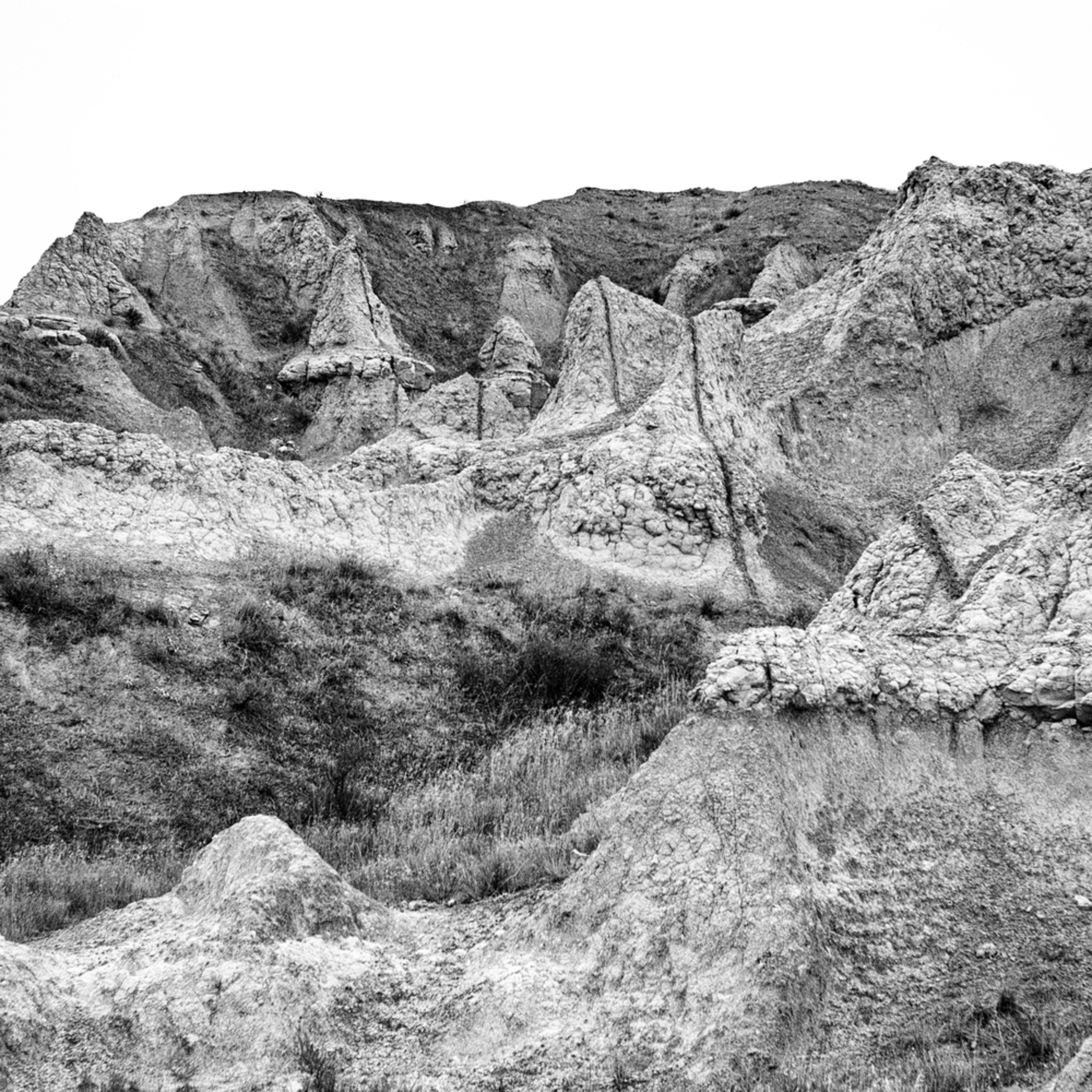 Dscf4555 edit edit badlands erosion cones bw bbg5pe