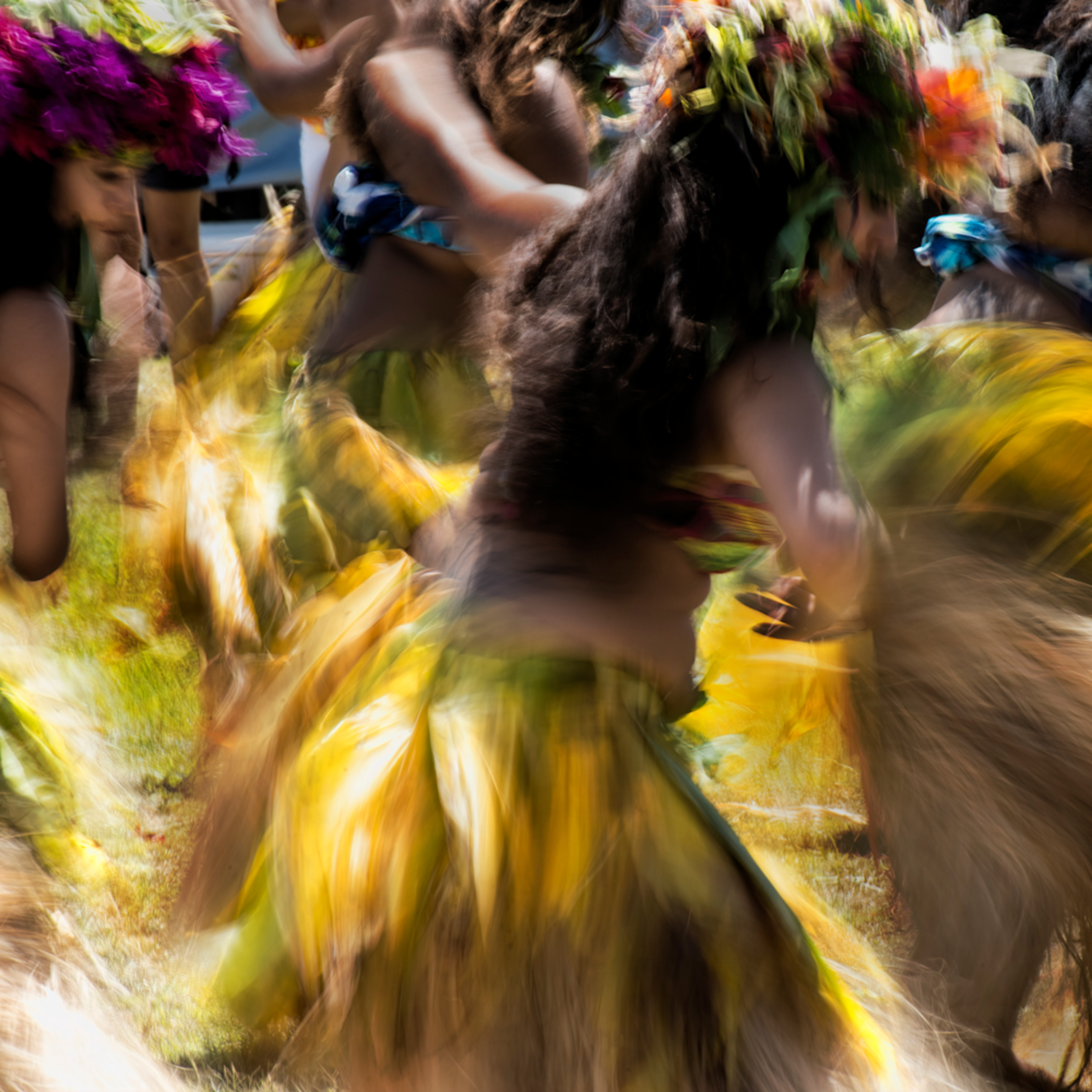 Hula   steeped in spirit ofpf9x