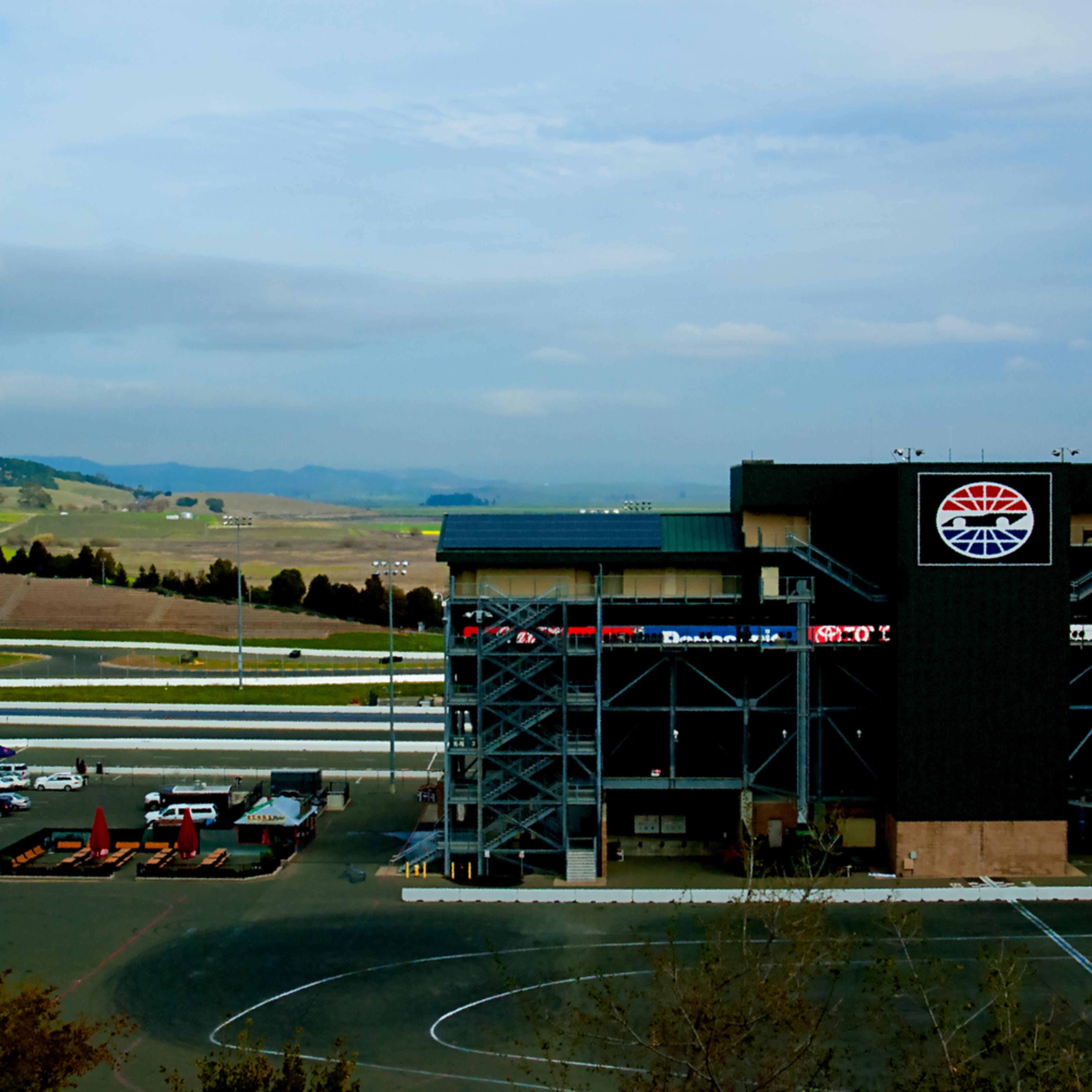 Sonoma raceway 2 hrlobue kk0hsw