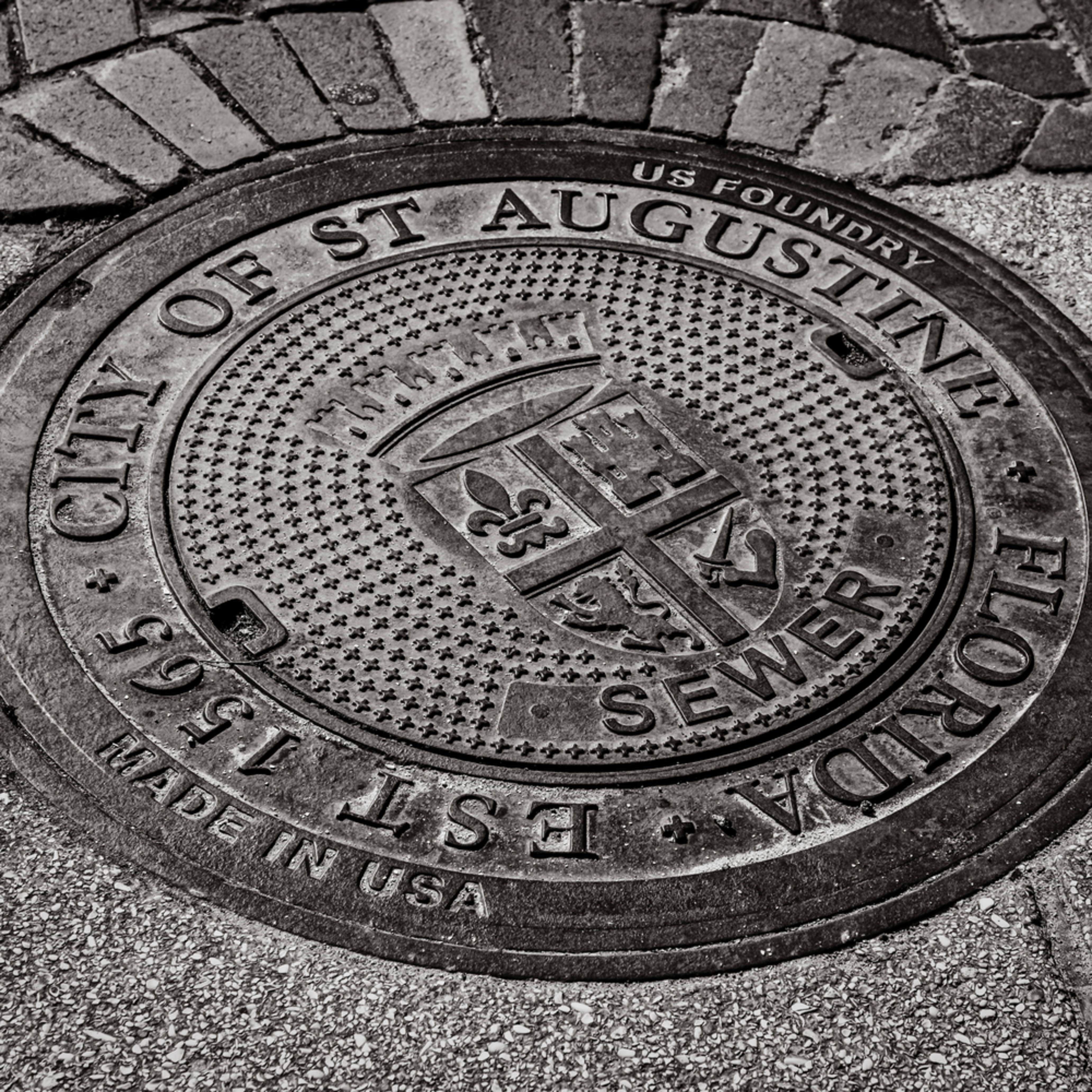 Andy crawford photography st. augustine manhole cover 001 ipcppp