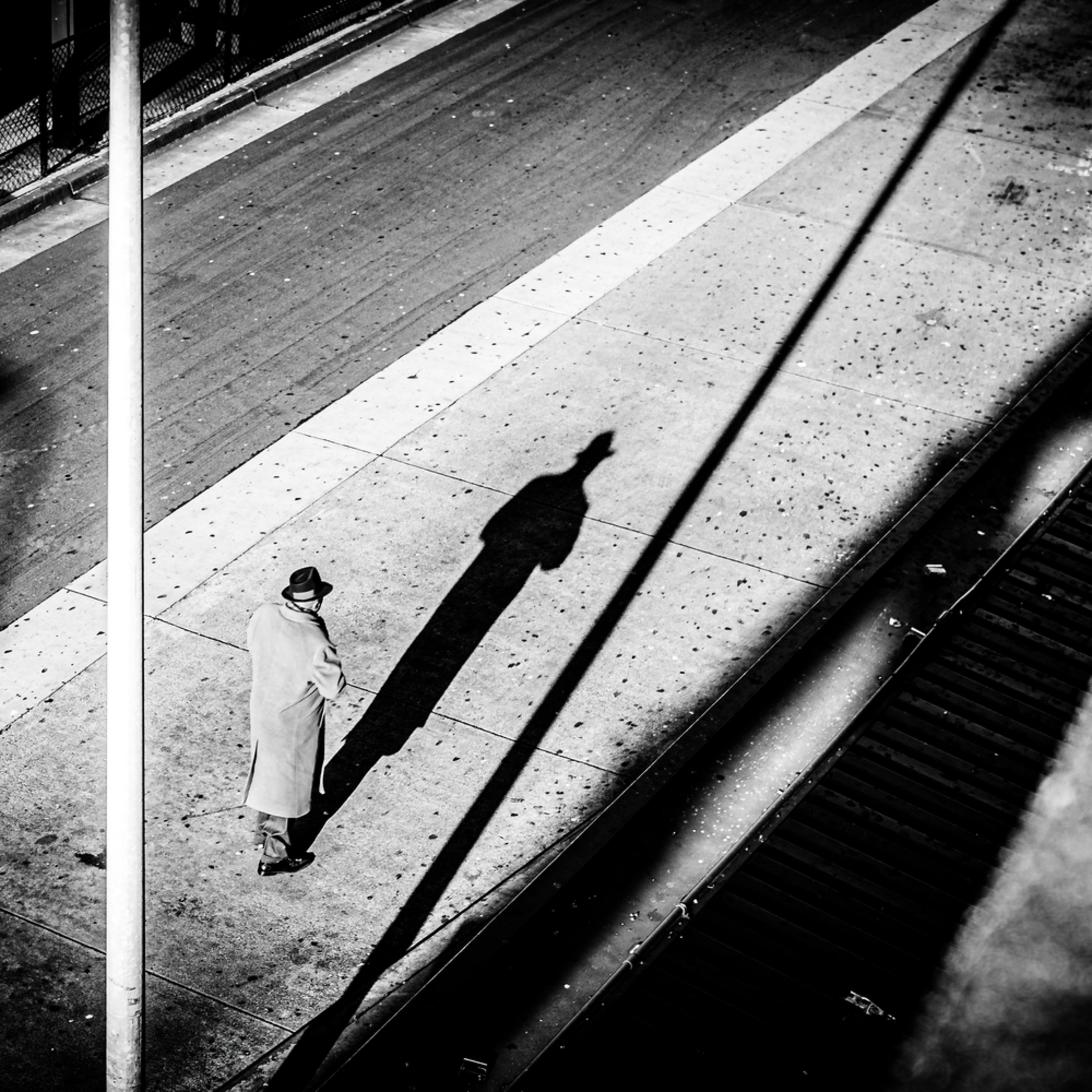 Shadow man z9enas