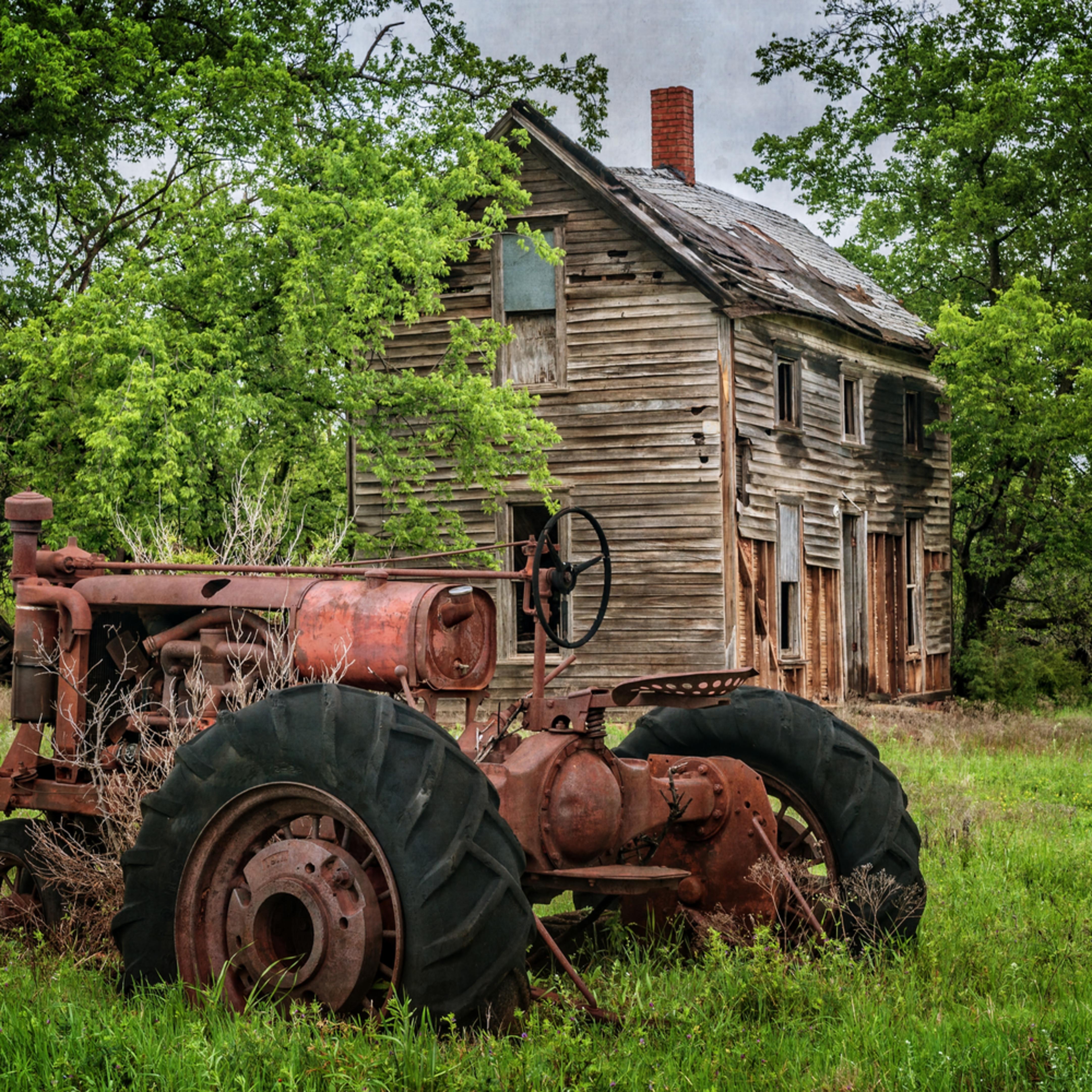 Lifeless farm house rwhnju