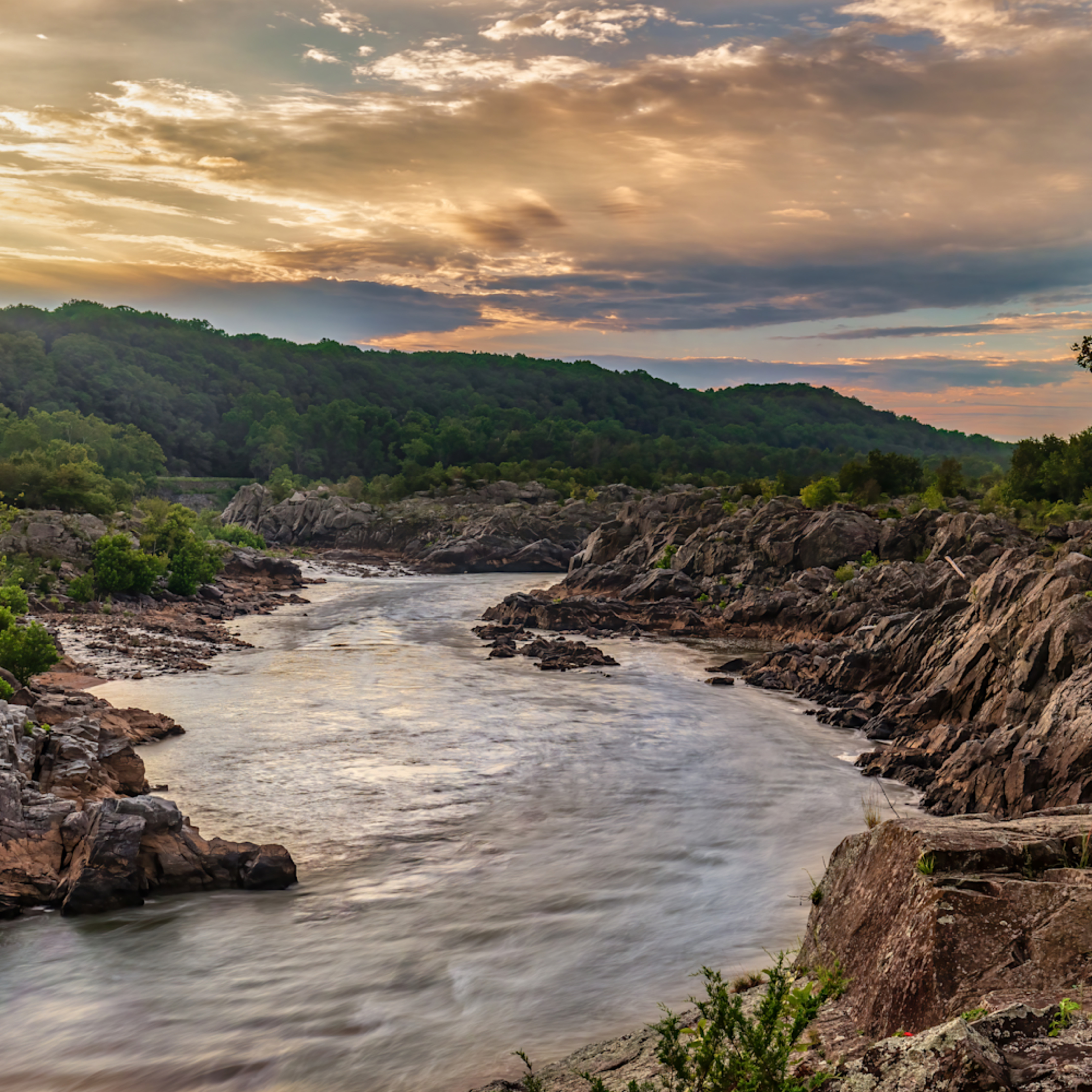 Sunrise over mather s gorge 1 of 1 dbig6p