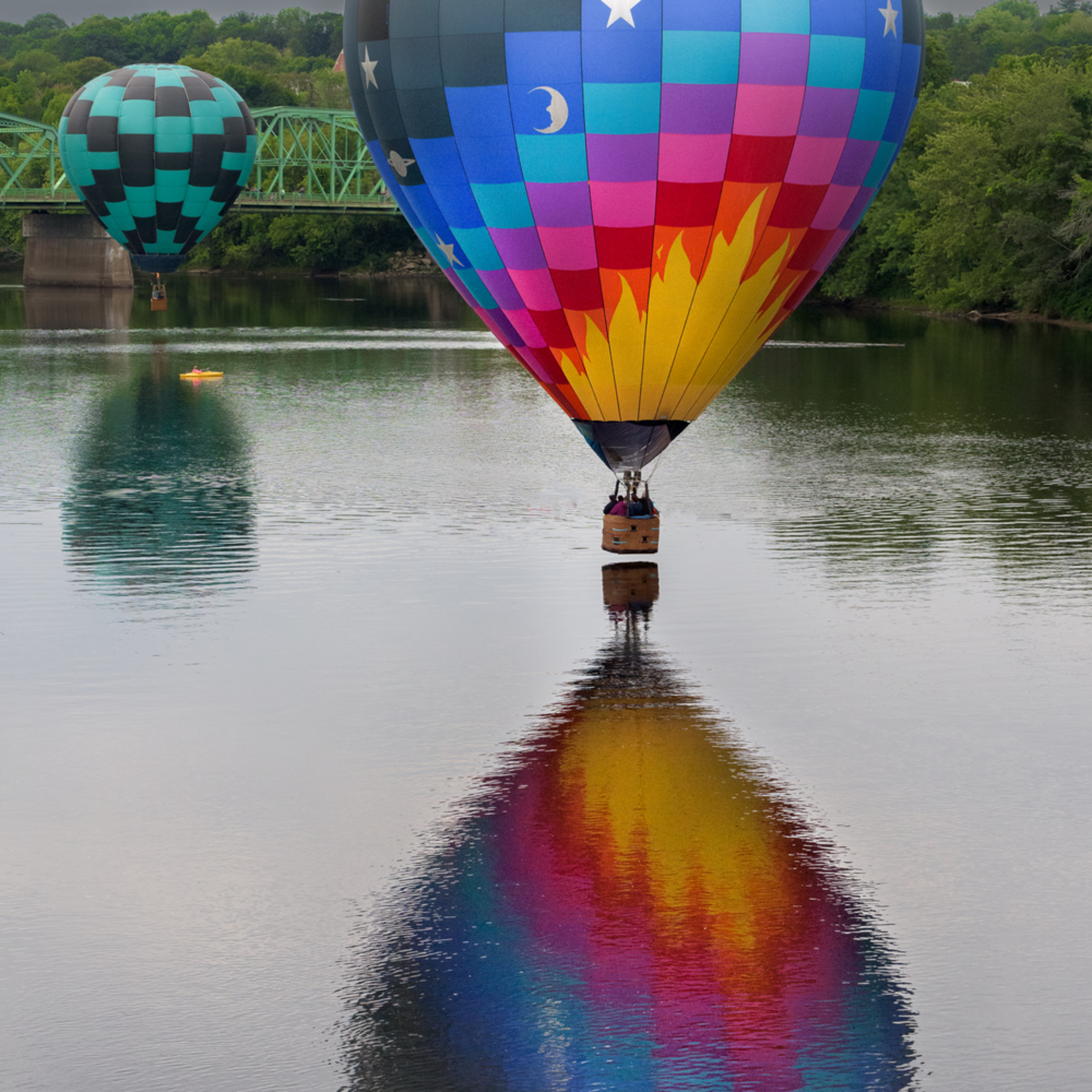 Balloon reflections gg3mhl