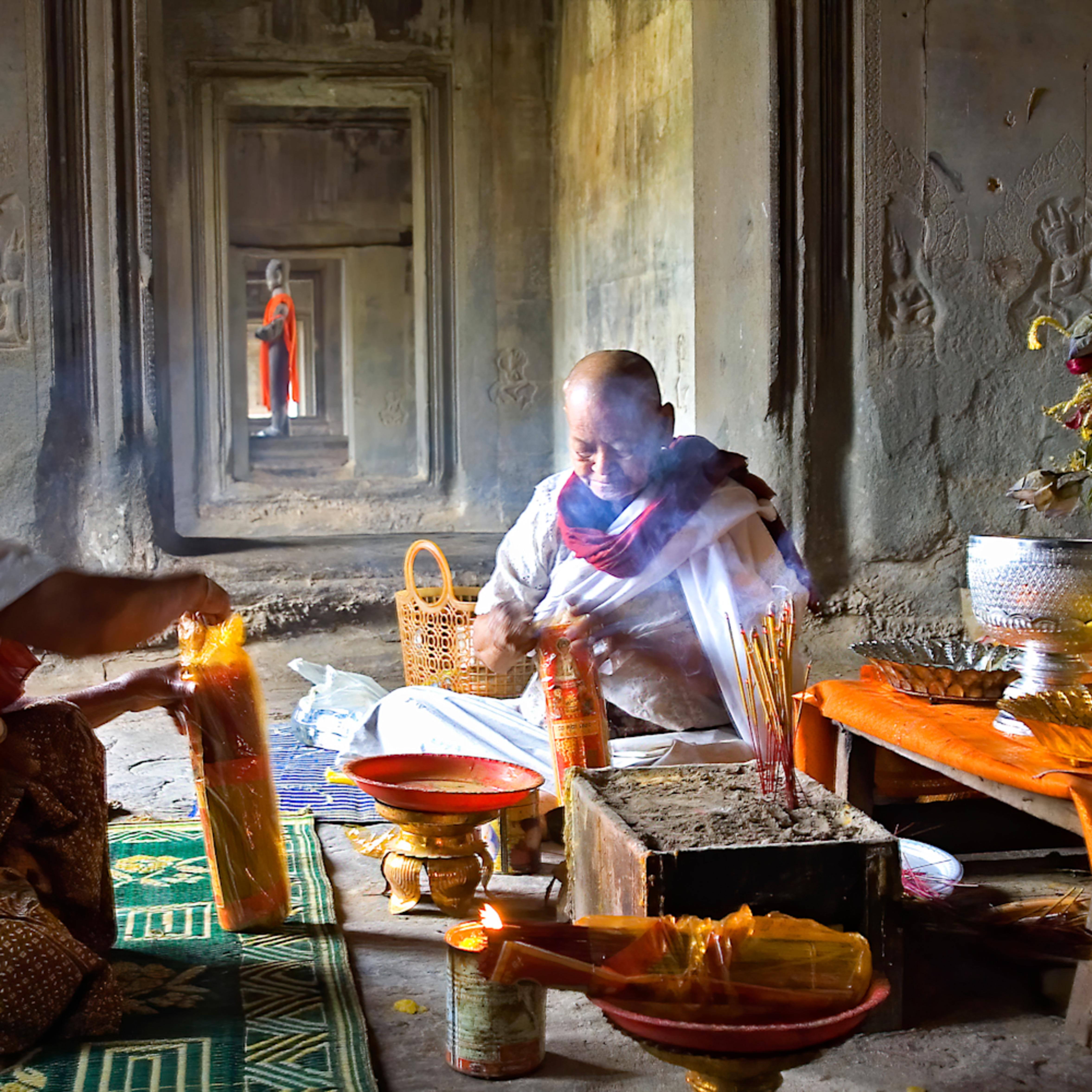 Felice willat   angkor monk ceremony 132 rplsiq