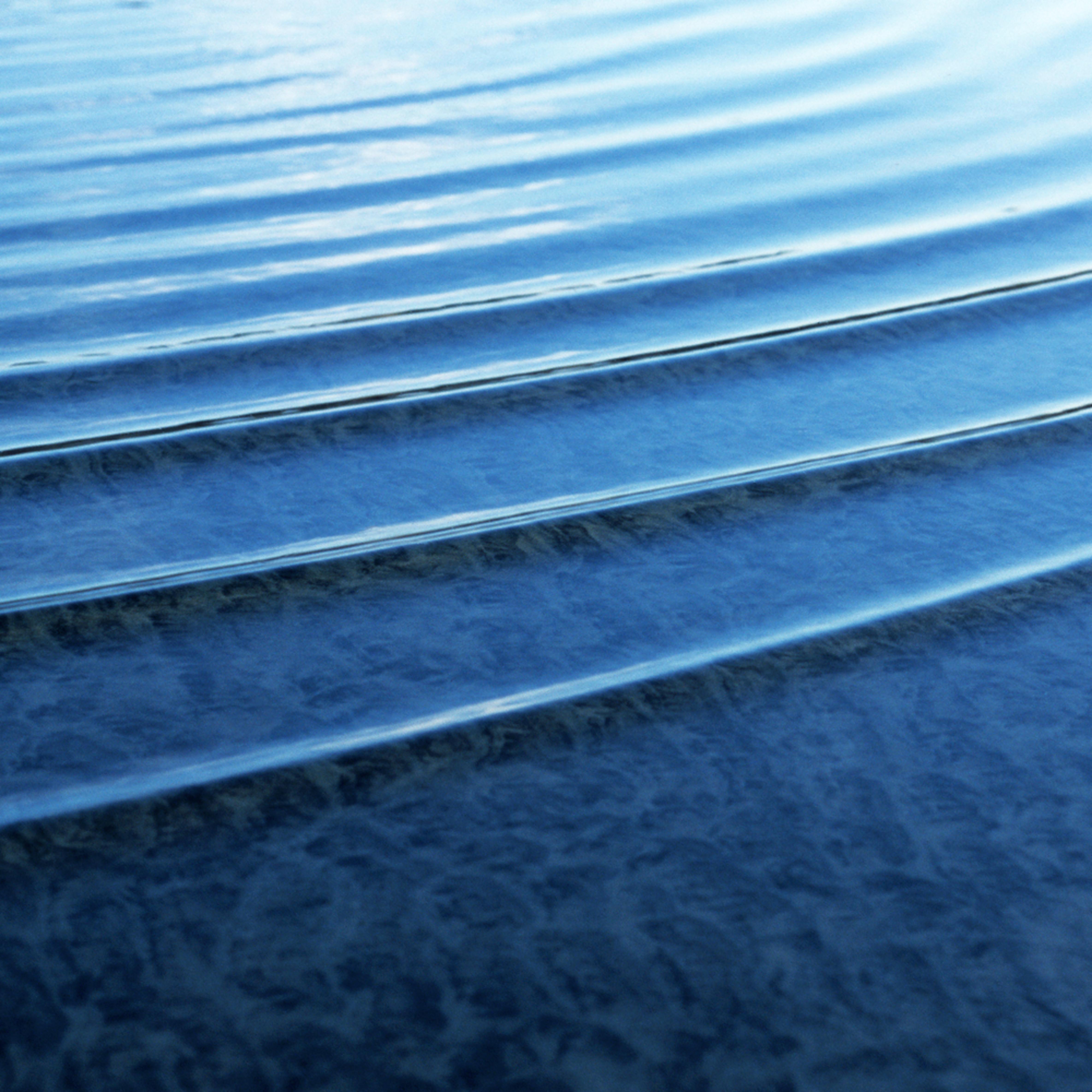 Blue swell jjhbnv