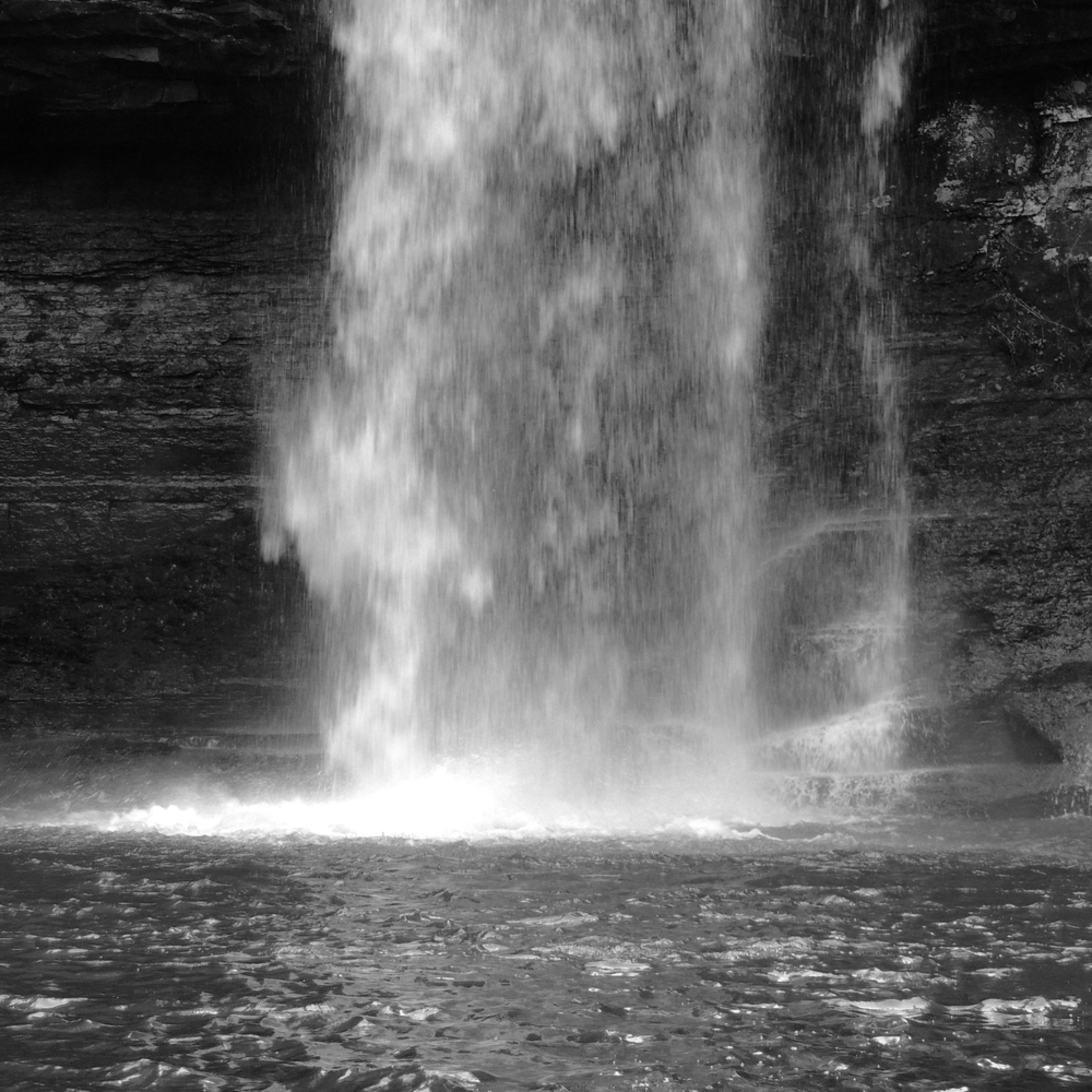 Cherokee falls   b w k5jctx