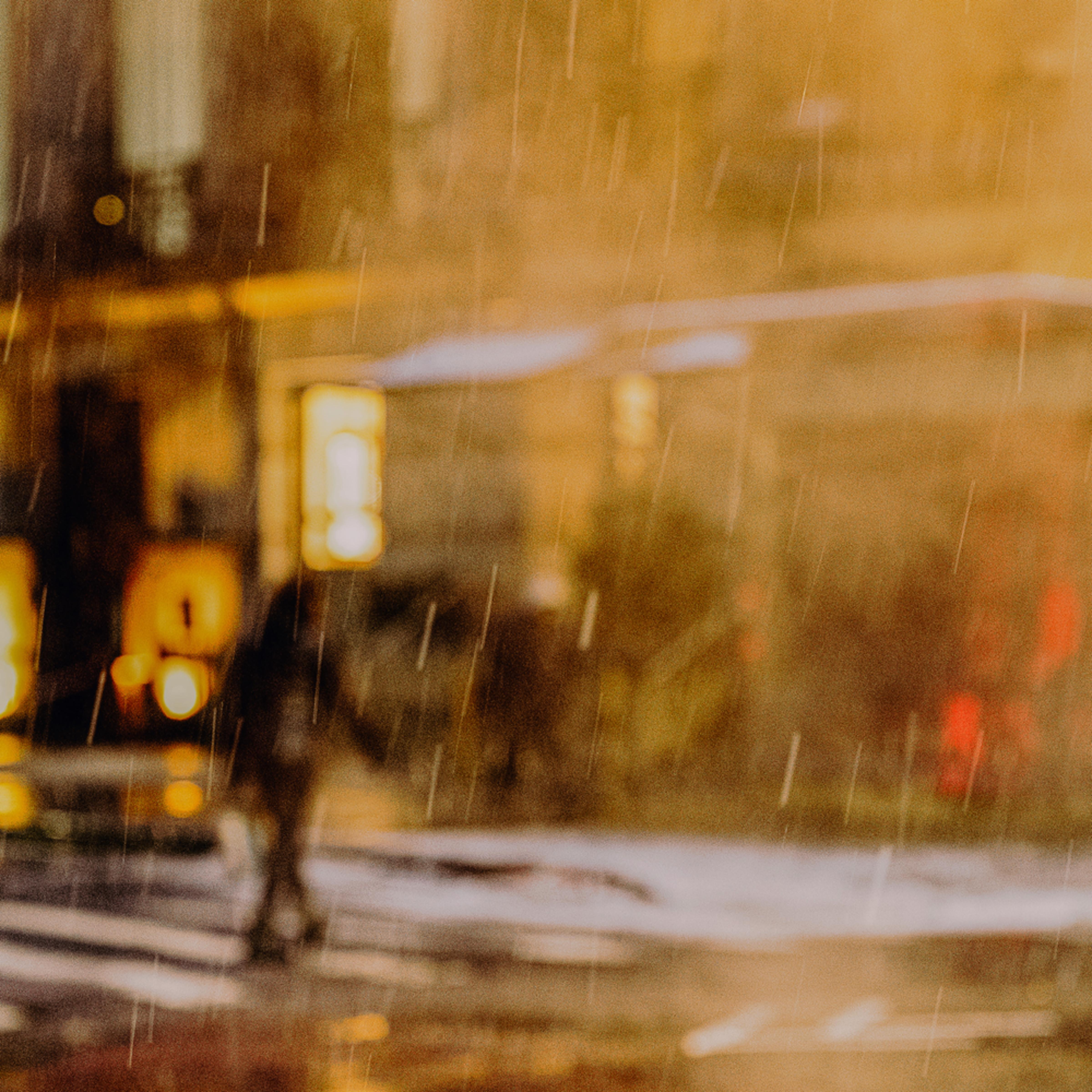 Man crossing wall st in snow rqrzdj