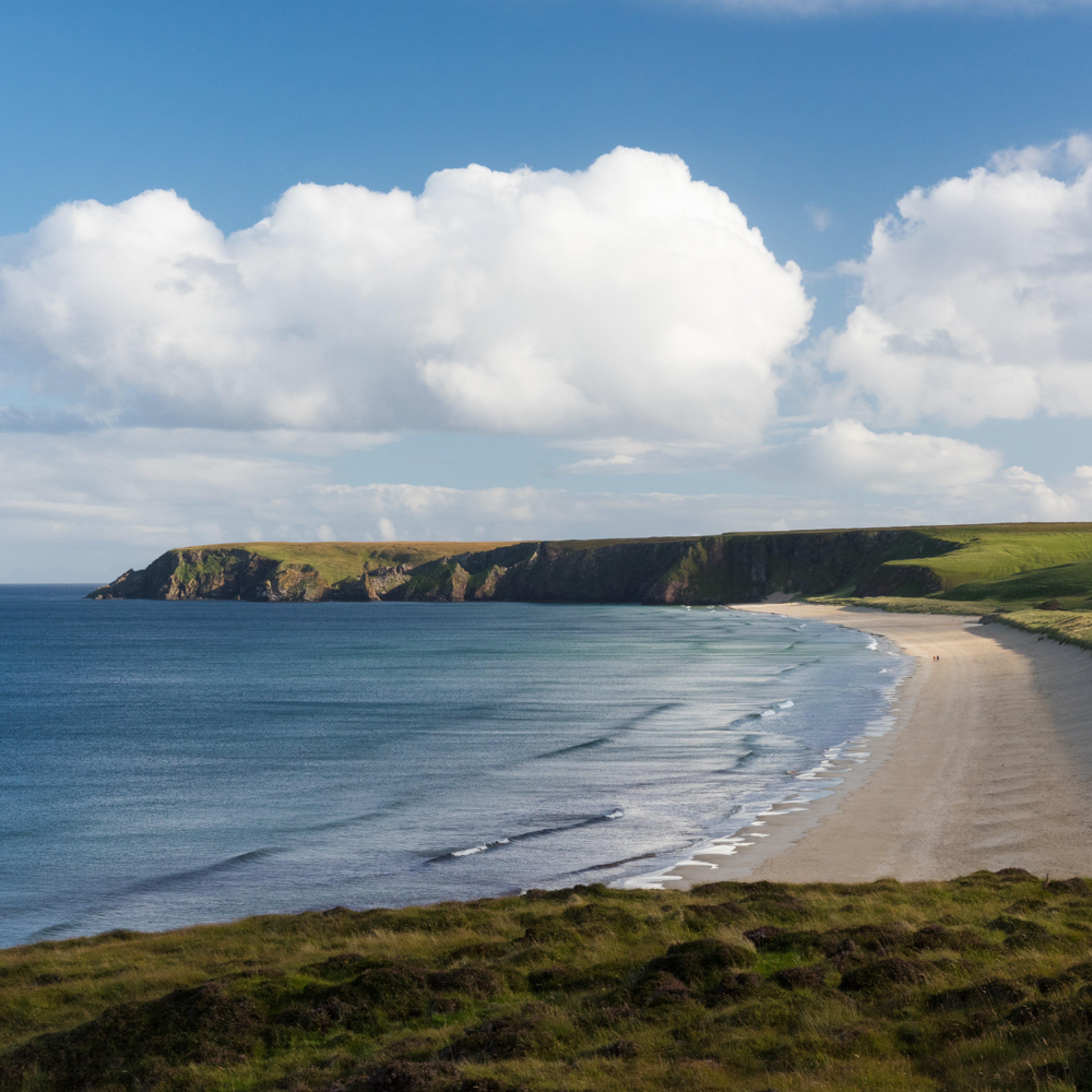 Tolsta beach isle if lewis heather k jones yyrf02