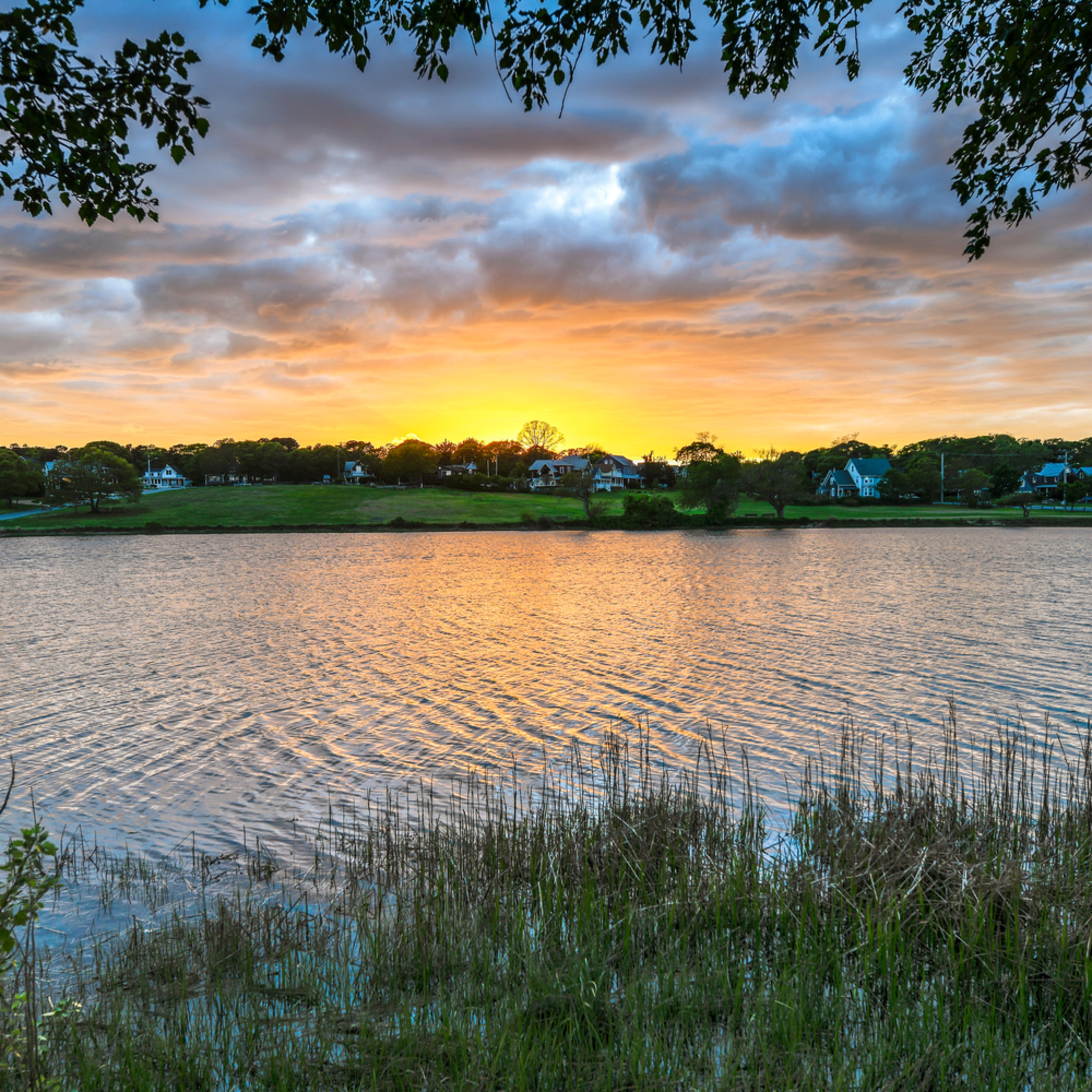 Sunset lake spring 1 pojhhx