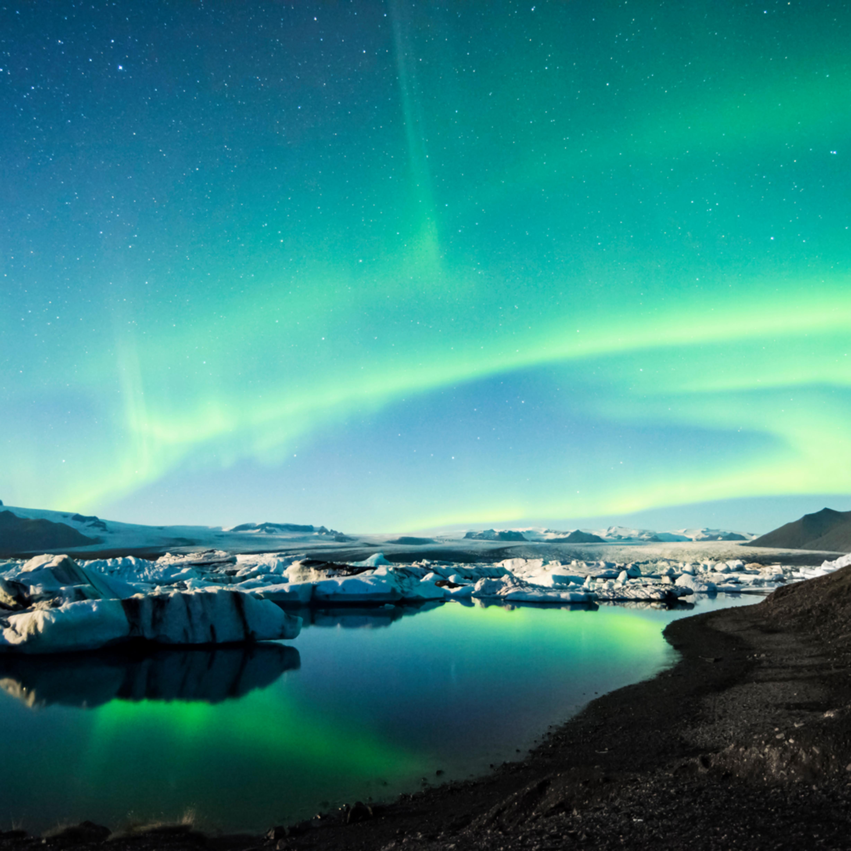 Frozen auroras q1jvgj