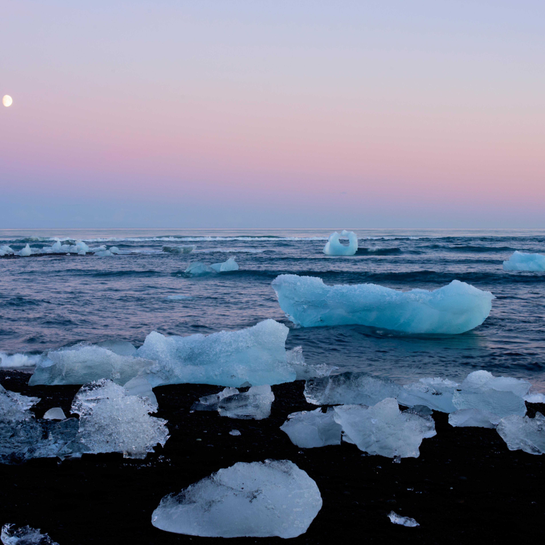 Ice beach jokulsarlon iceland sbg0a9
