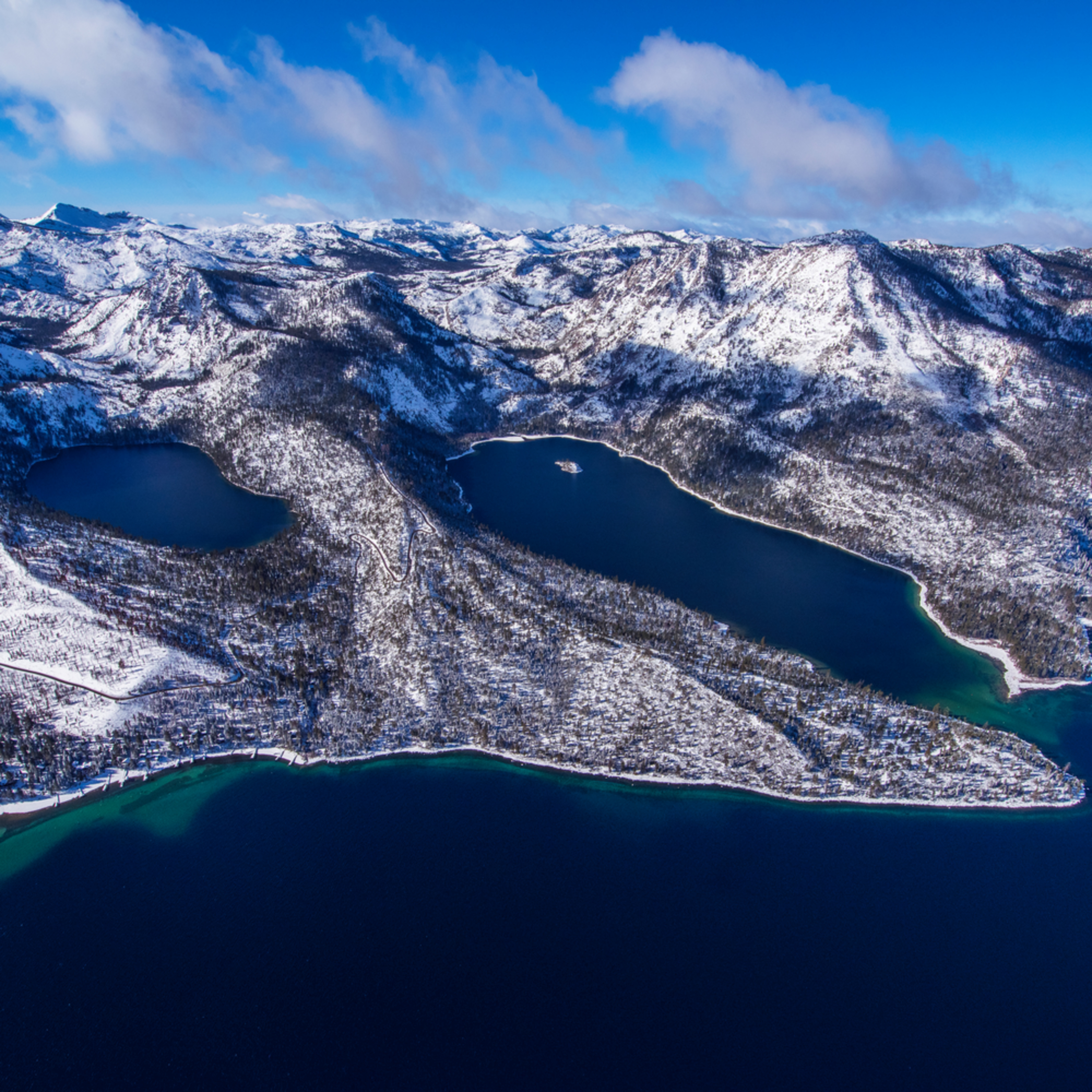 Emerald bay winter aerial h0ji4w