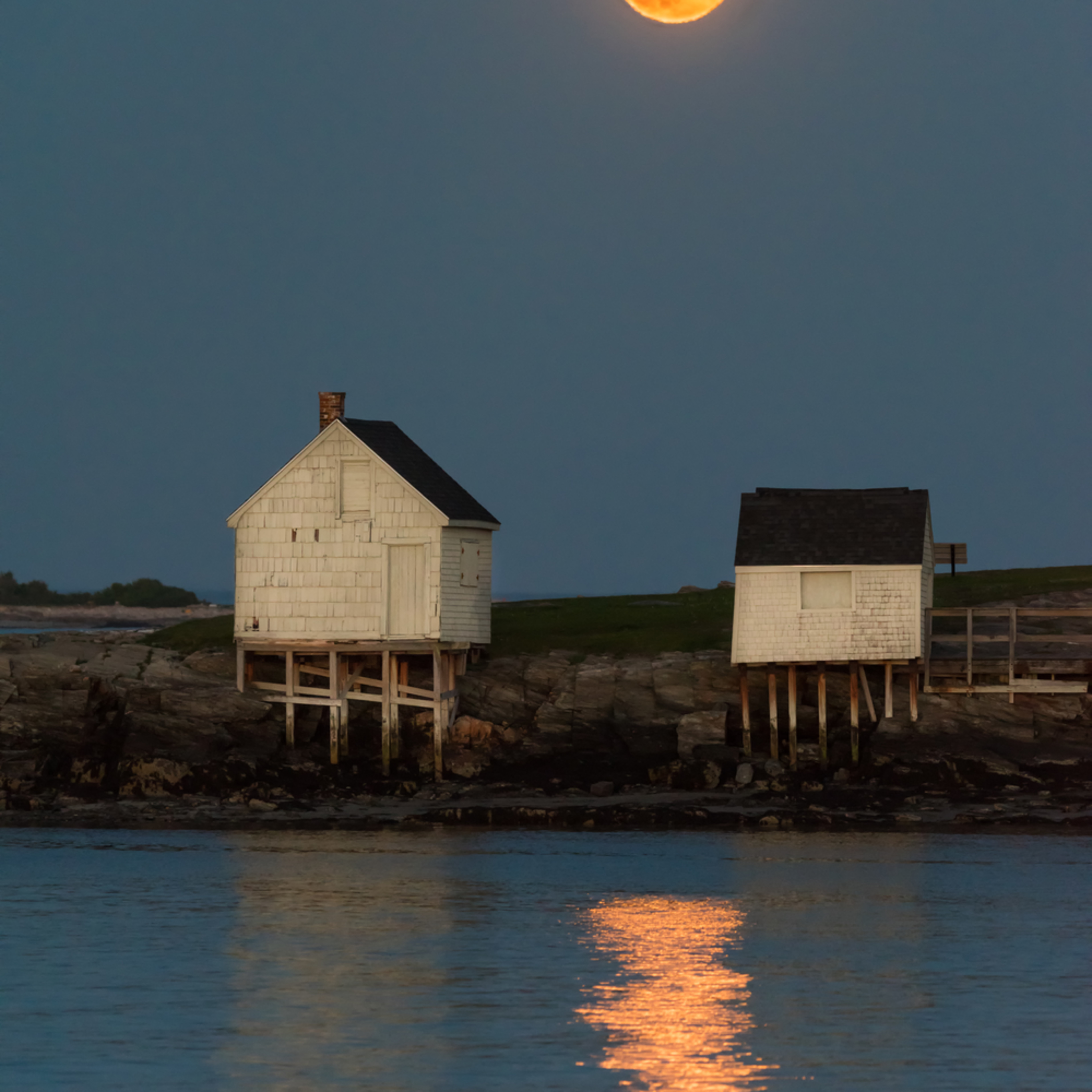 Moonrise at willard beach c5lezo
