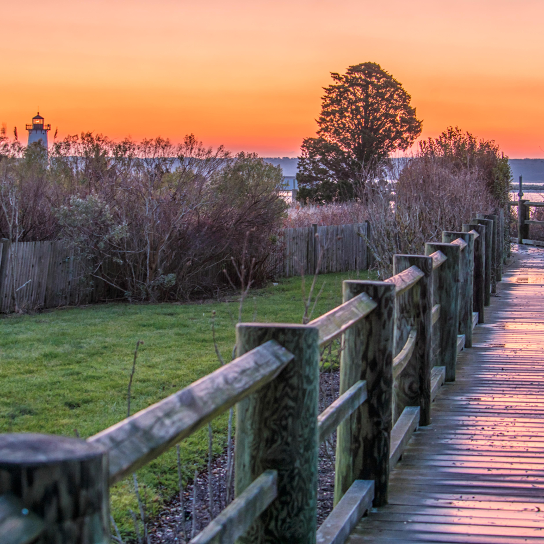 Edgartown light winter walkway hnxokp