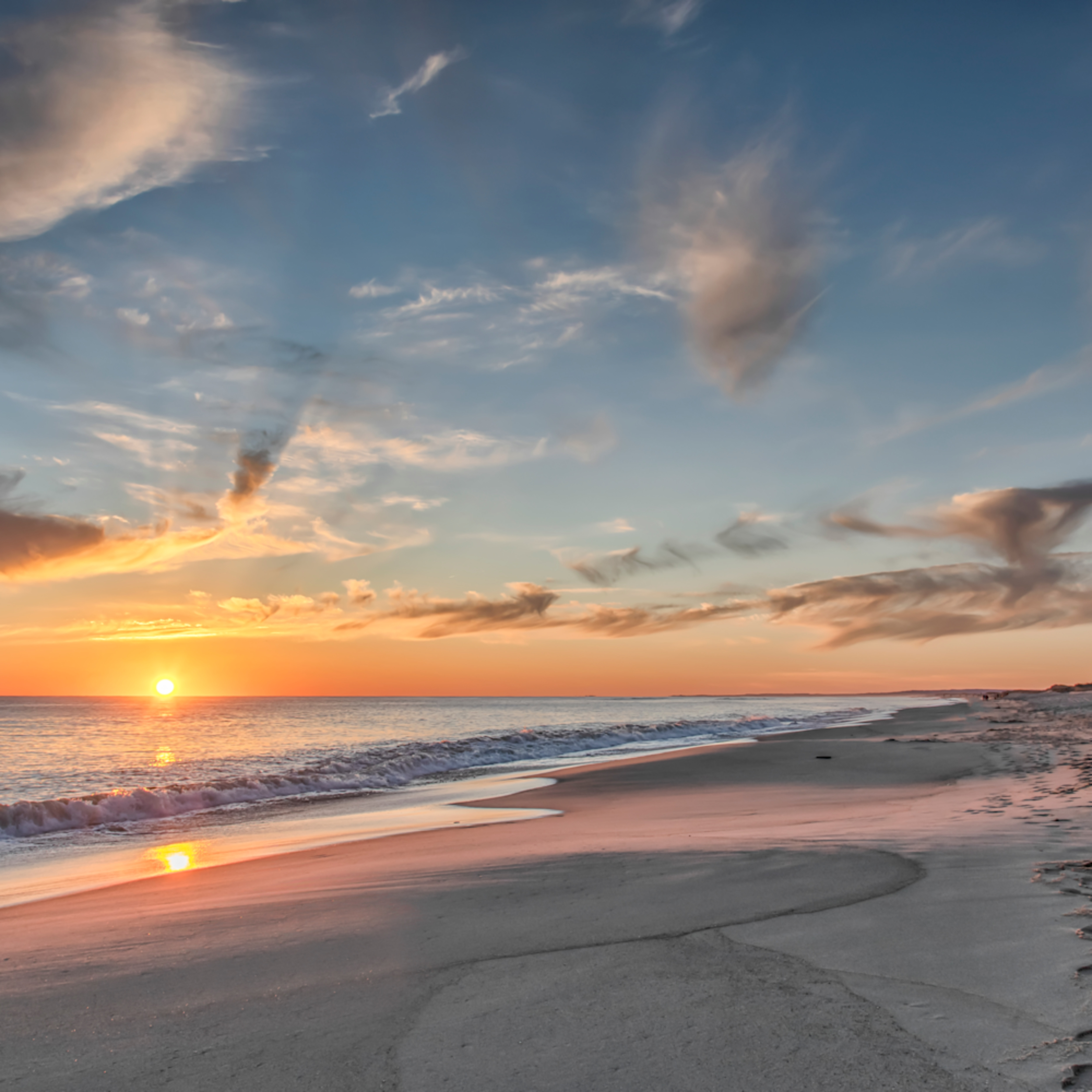 South beach sand and clouds 1 nk9erj