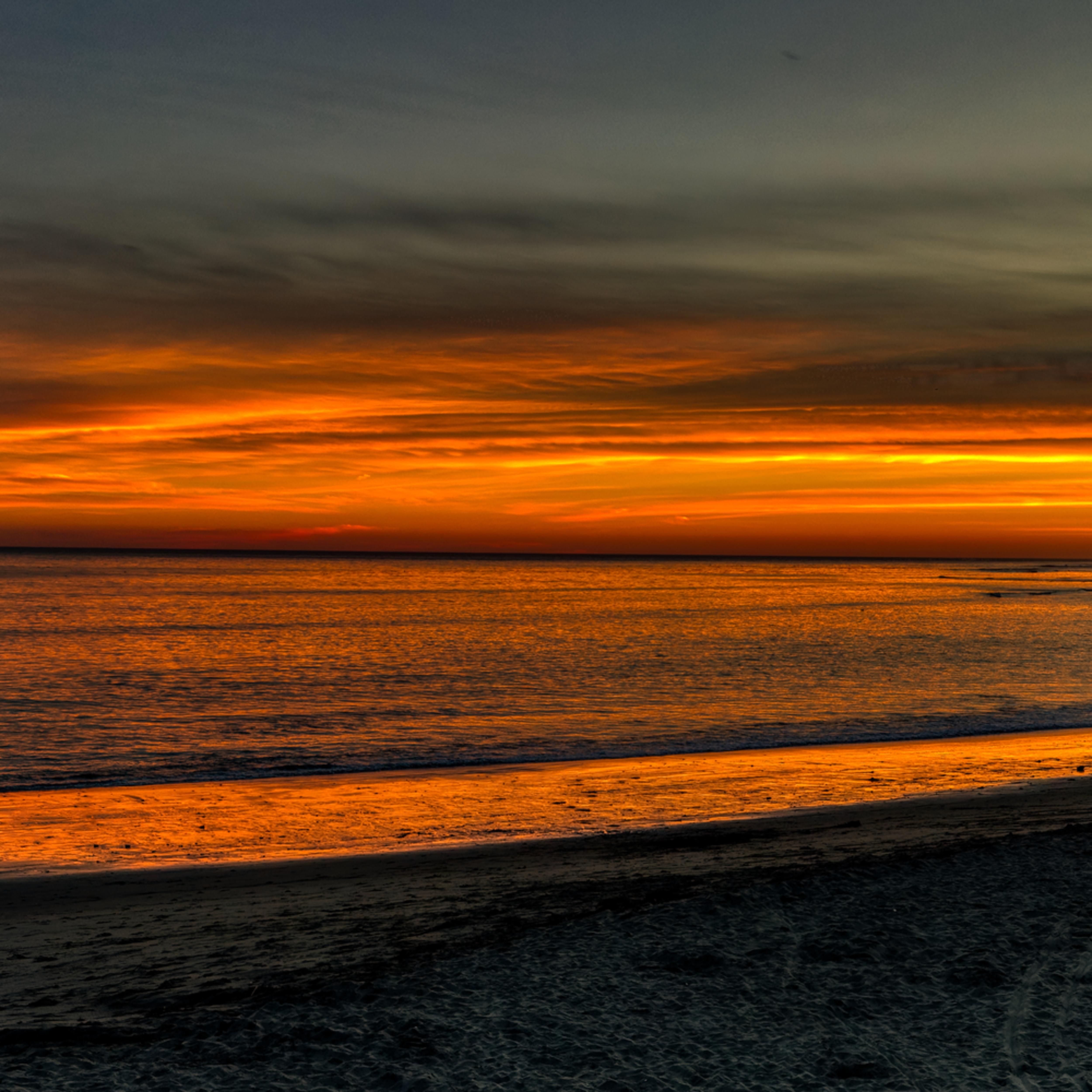 Capitola beach sunset cub4sw