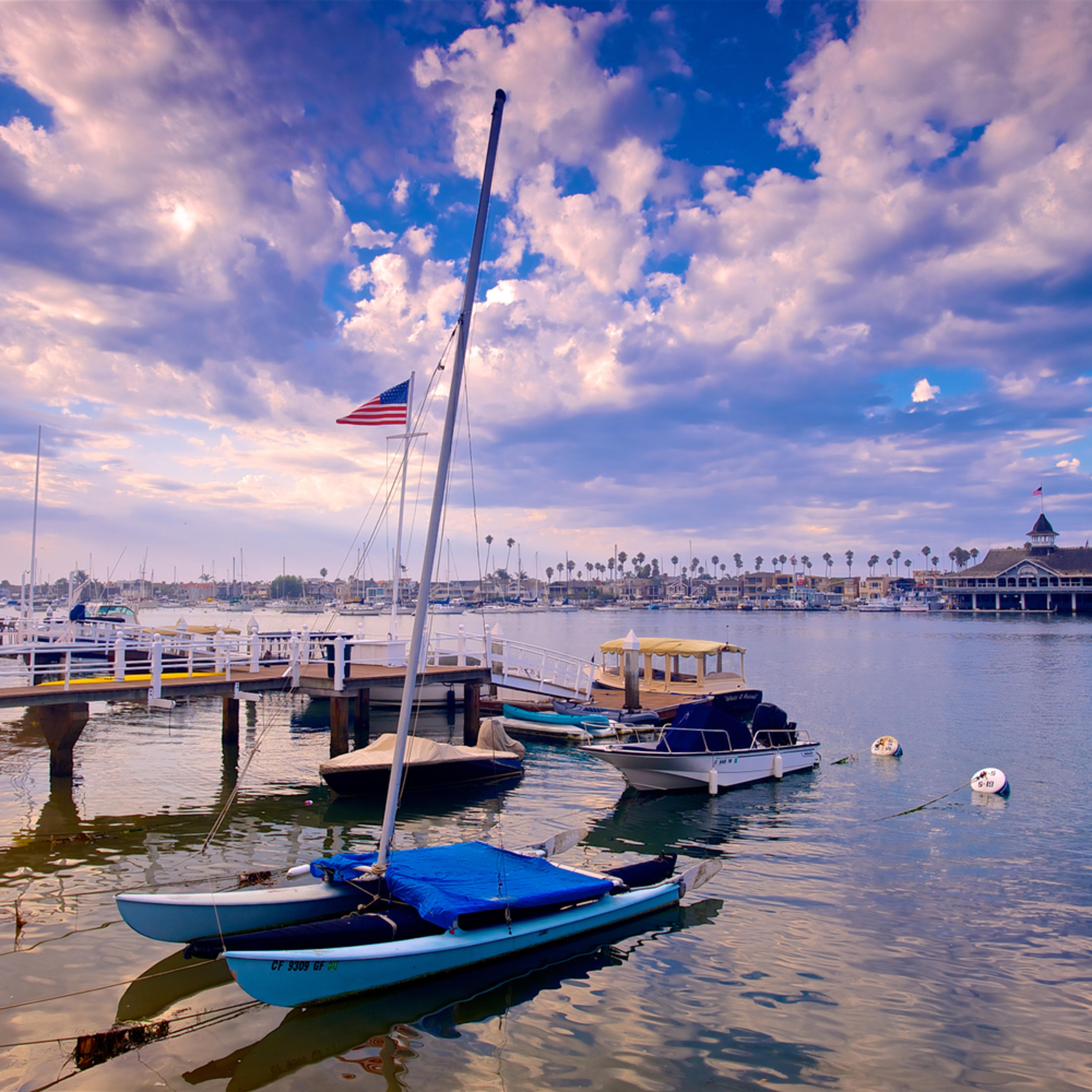 Balboa pavilion and boats lhmo93