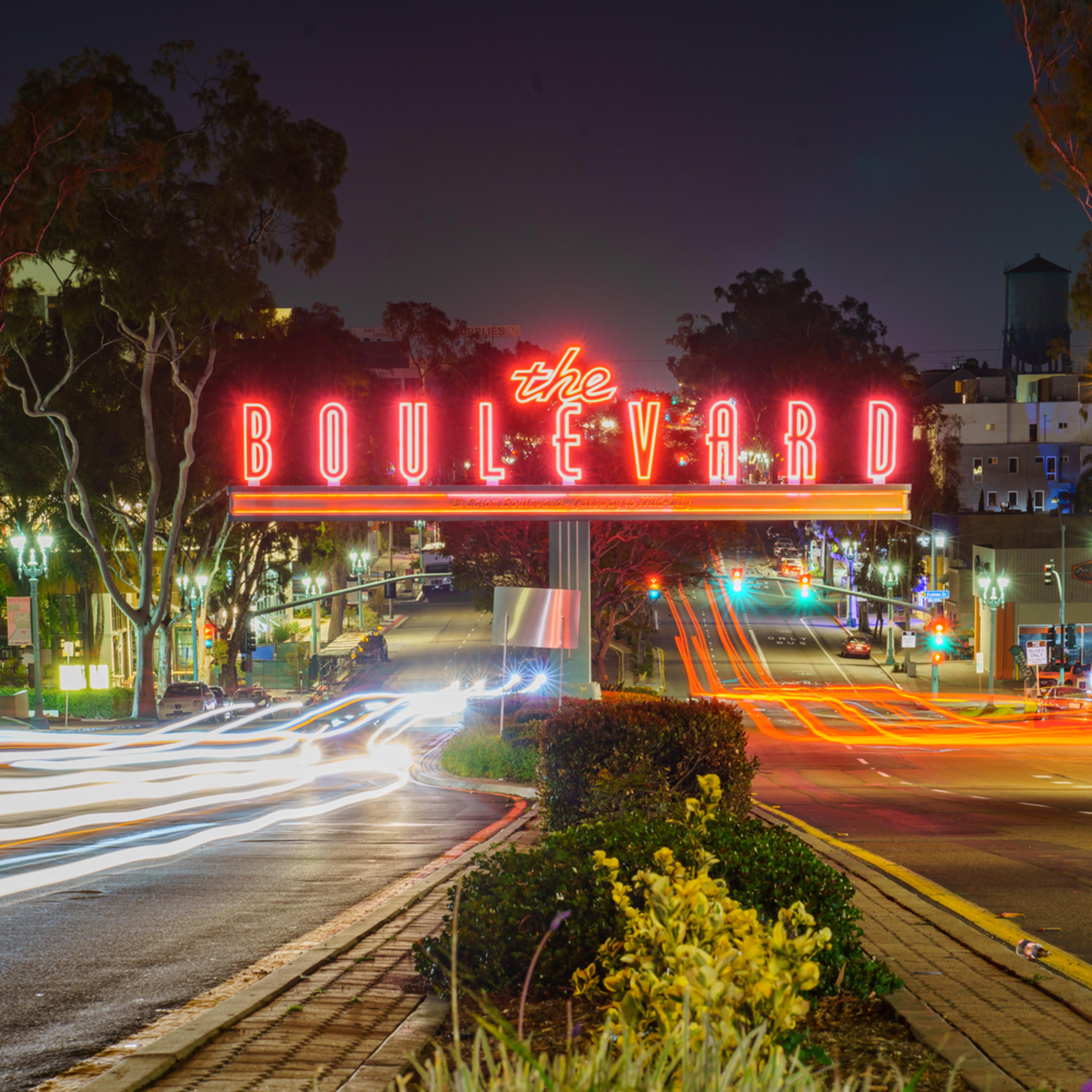 Boulevard fitness sign with light streaks 3 29 2020 1 of 1 lg9foe