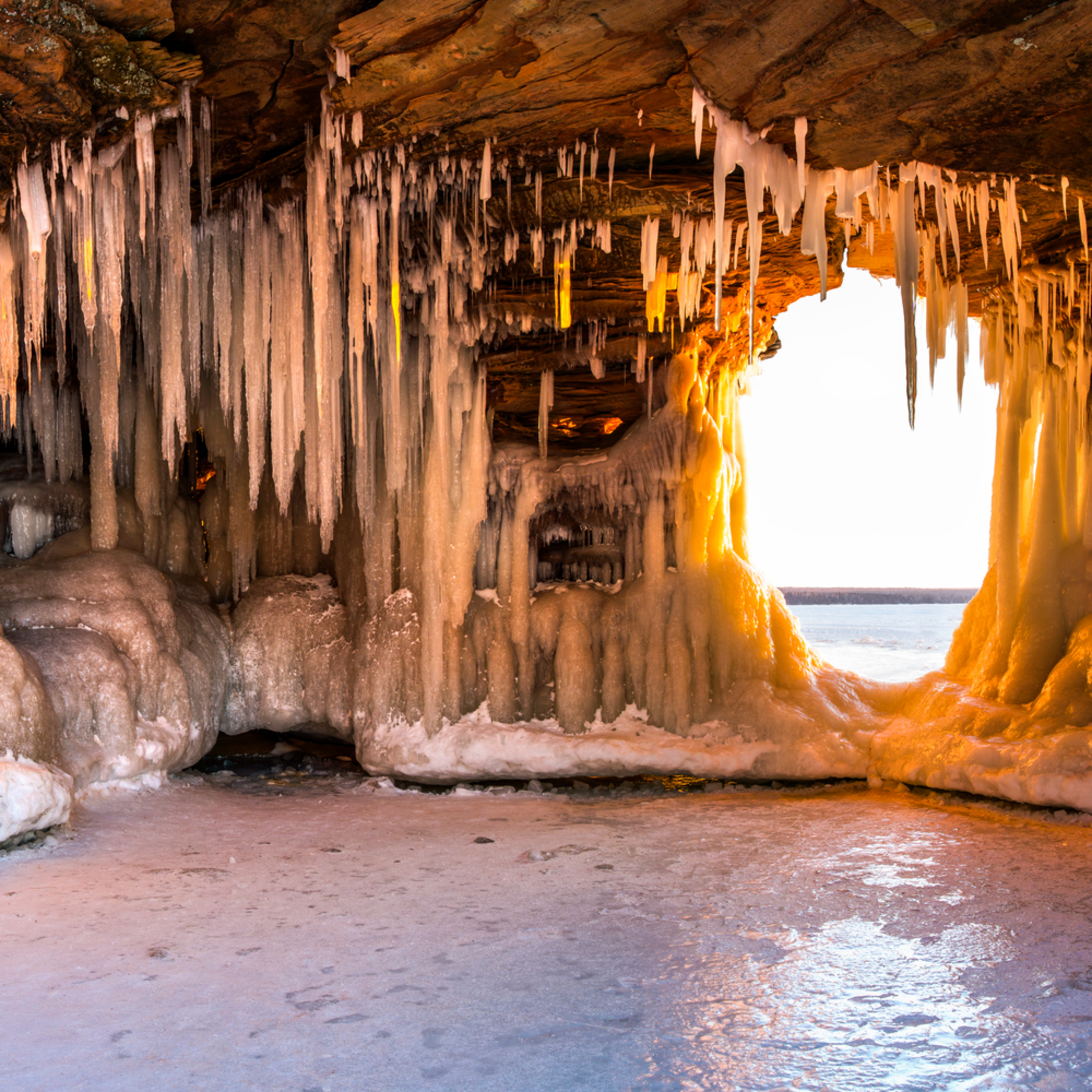 Ice caves wzrluq