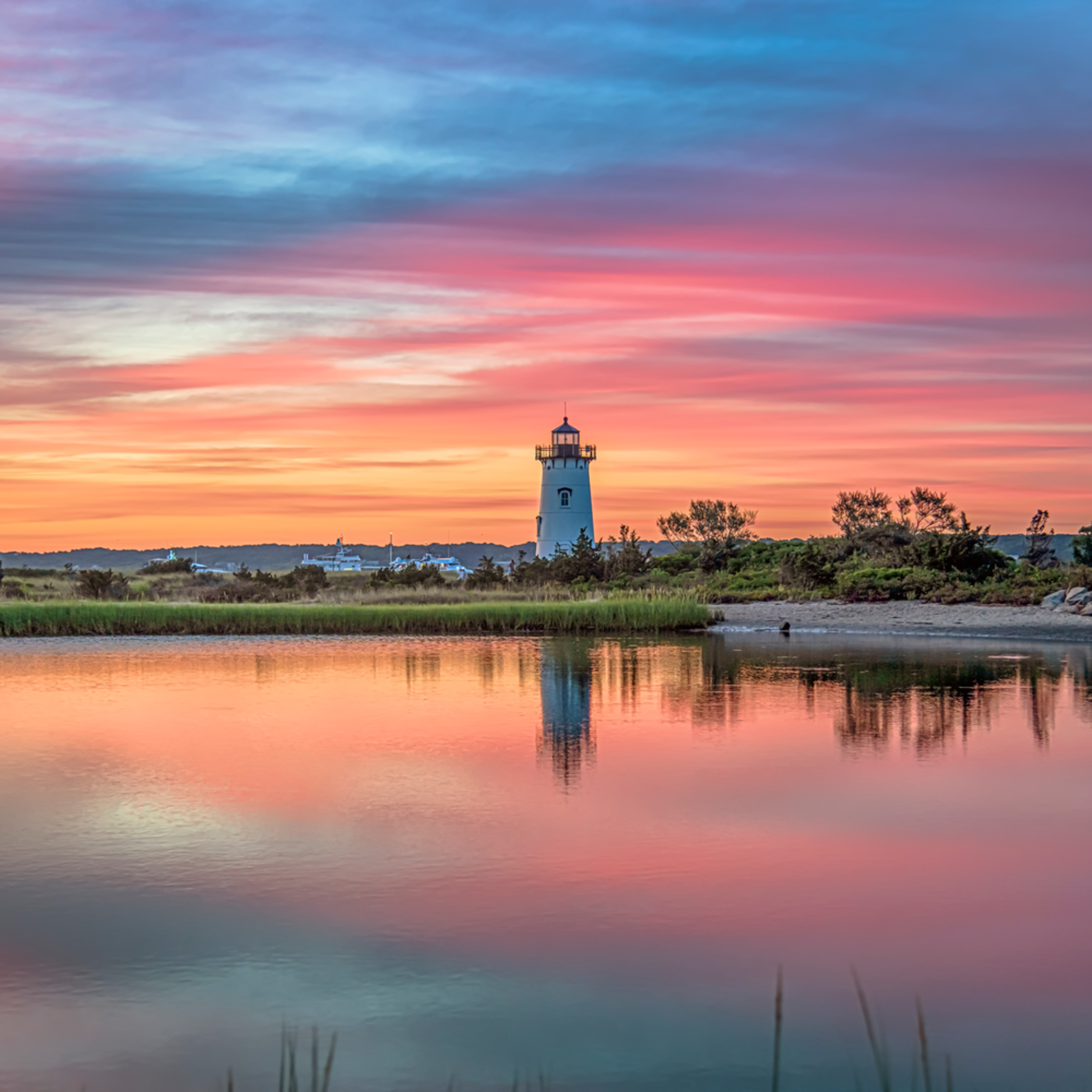 Edgartown light magenta summer morning hz8odg