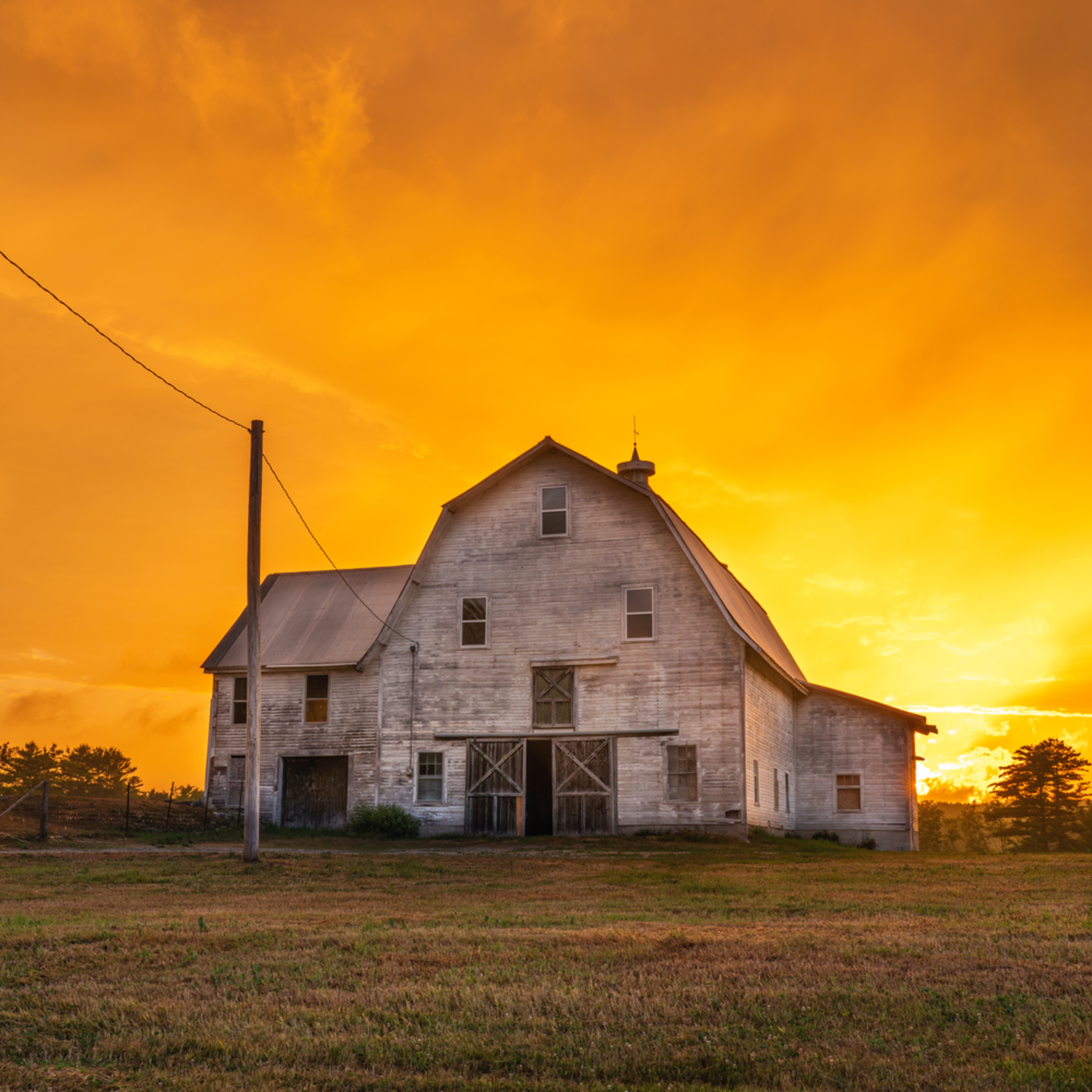 Barn sunset 2 1 r5do8h