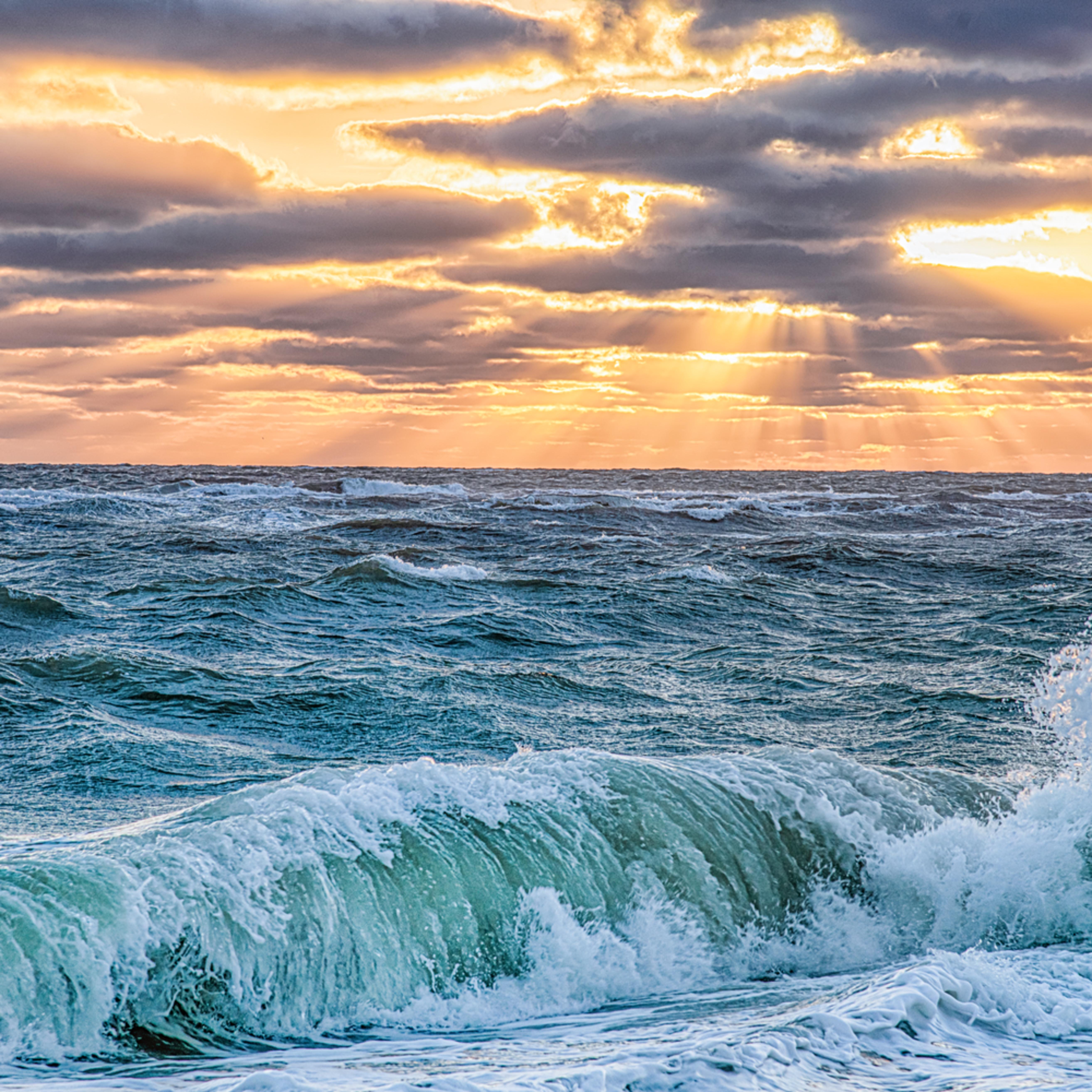 South beach fall sunbeams and crashing wave tzkcwe