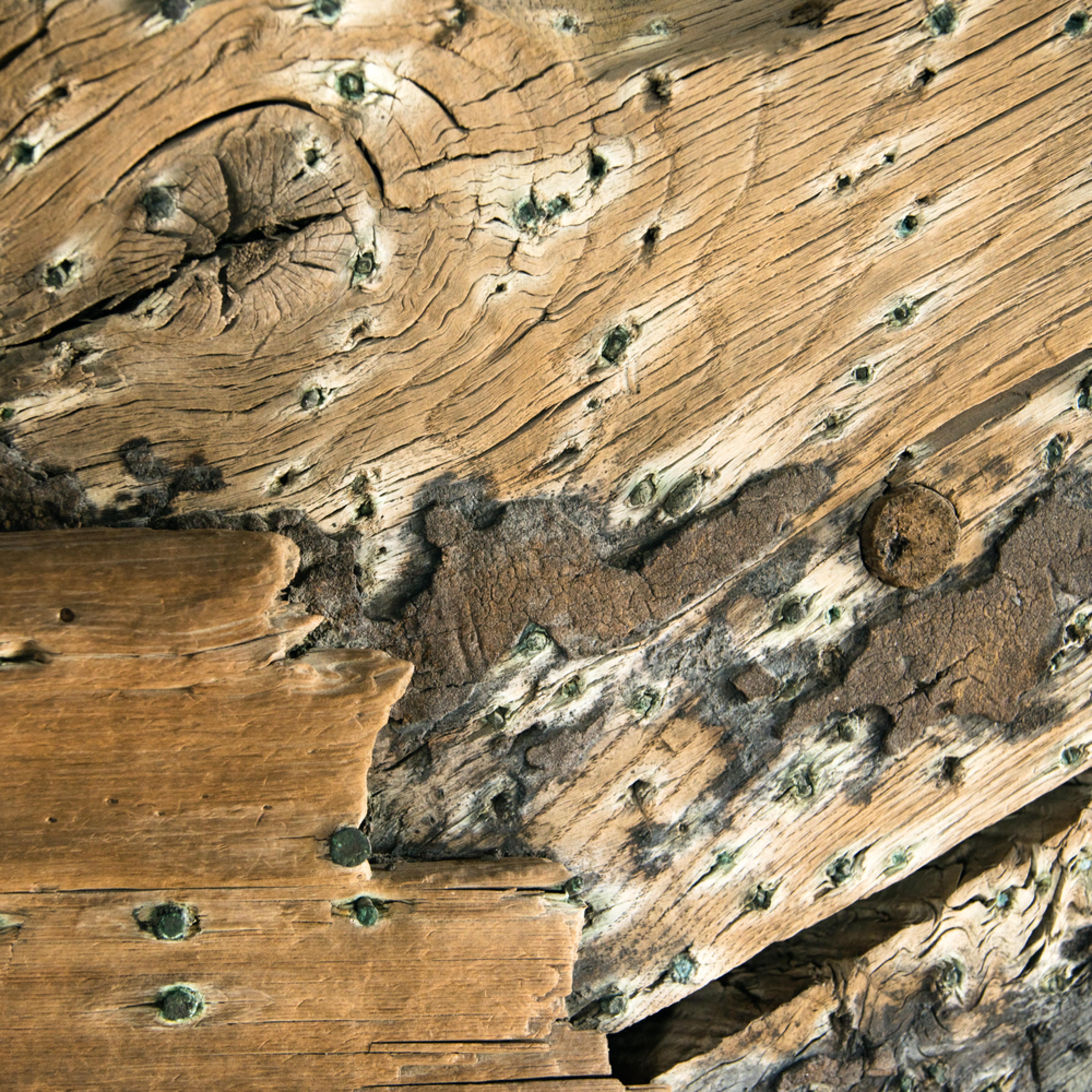 Recovered 1818 whaler keel   detail n2vbyo