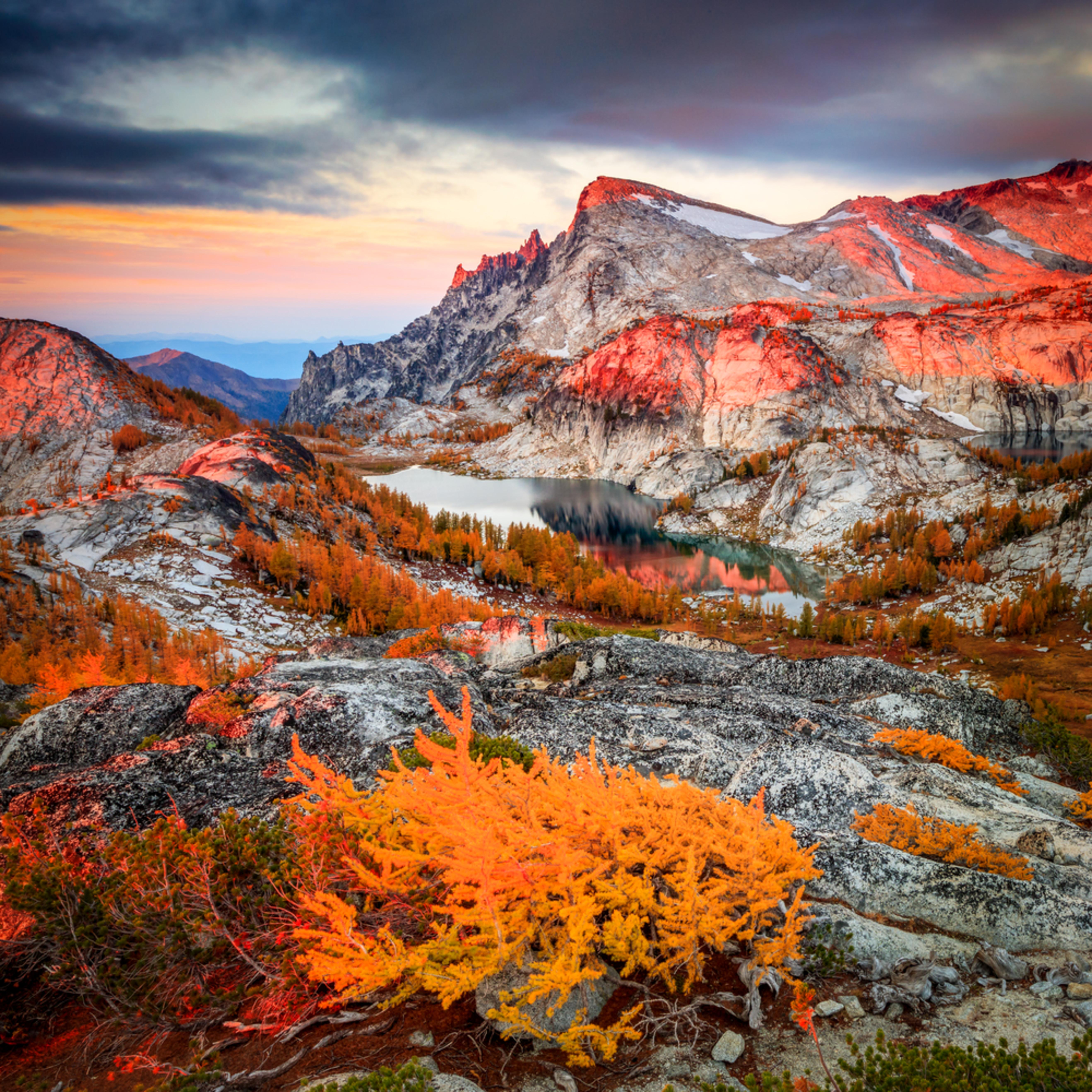 Alpine lakes sunrise wjliyv