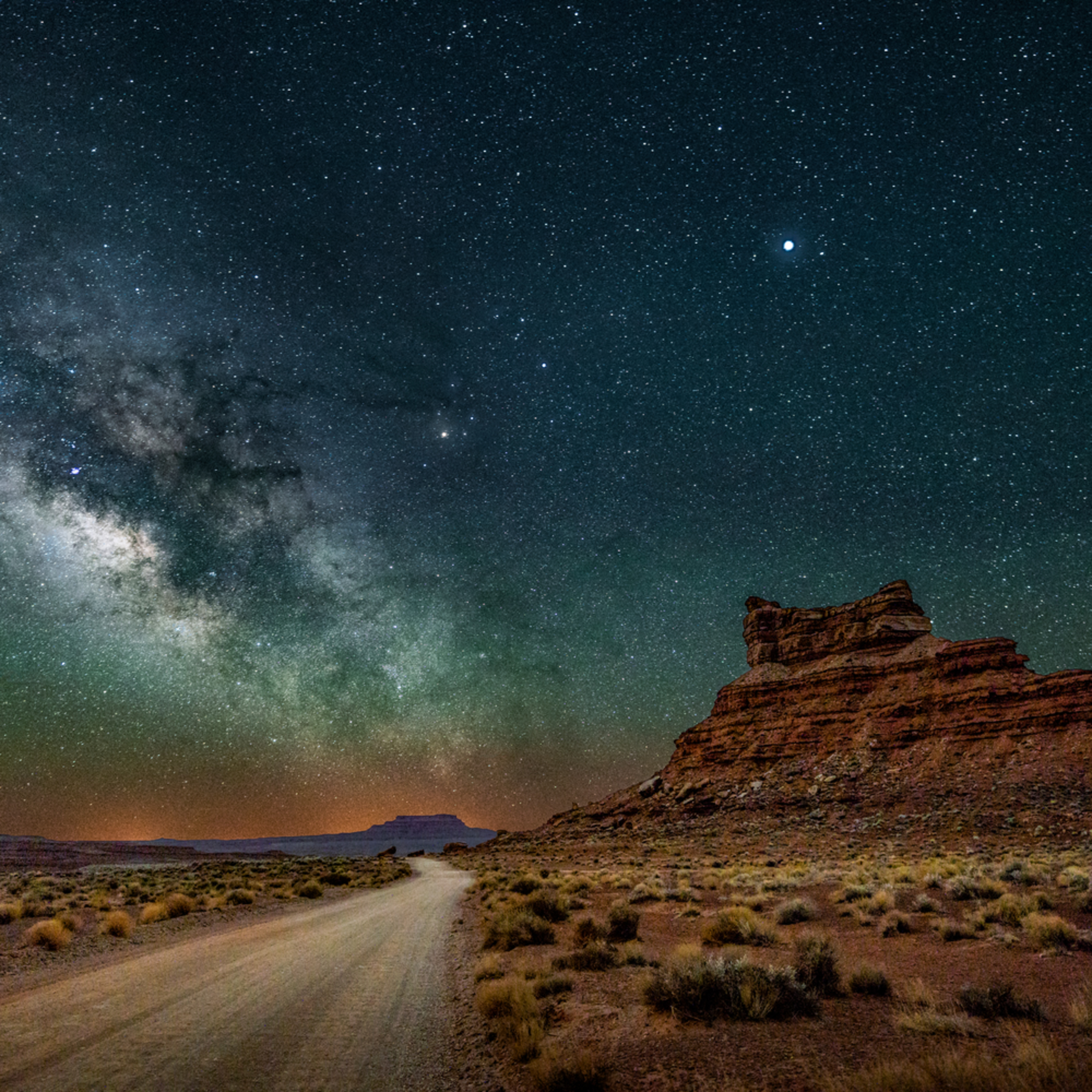 Valley of the gods nightscape 053 highway to the heavens qtmm6y