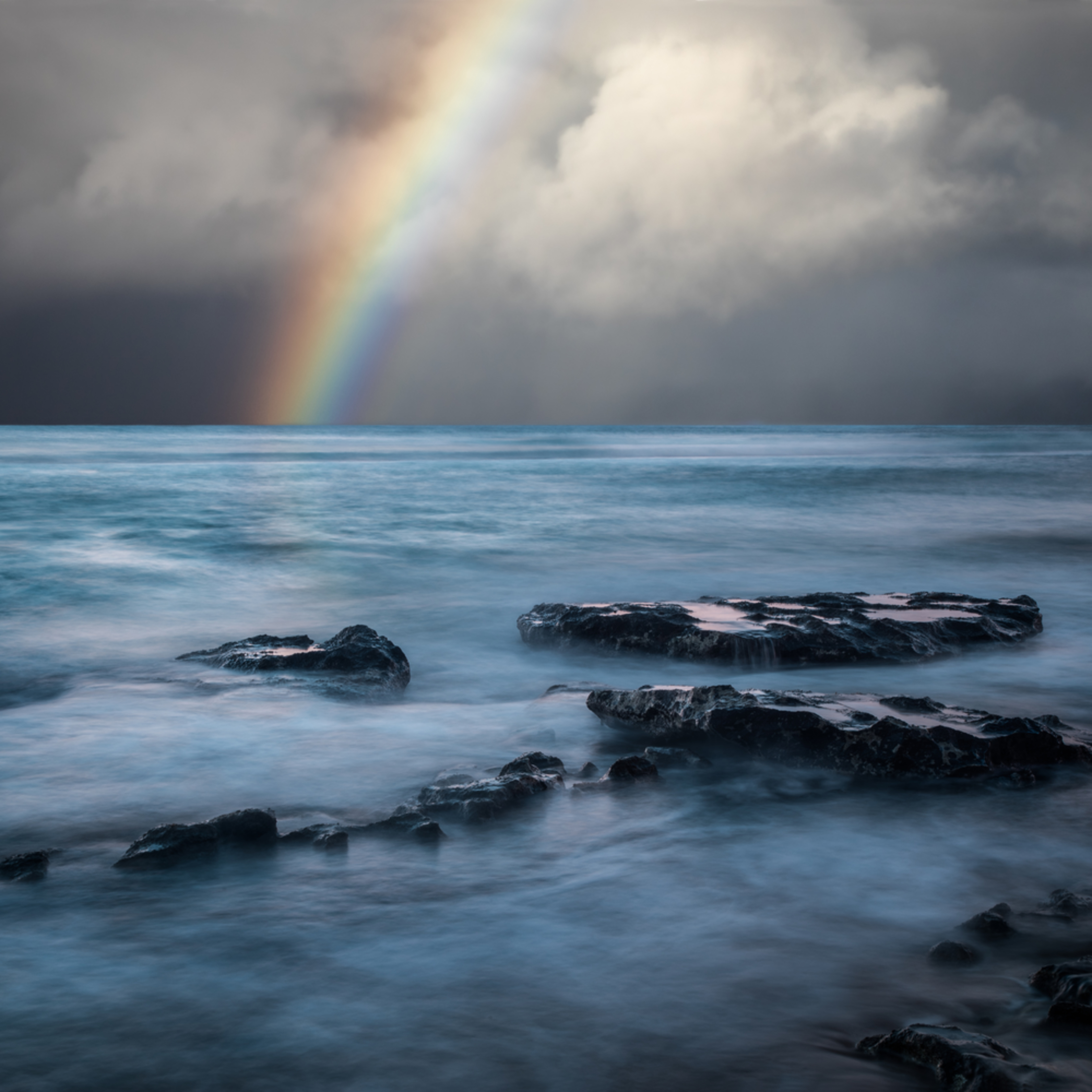 Rainbow in maui m1oe5t