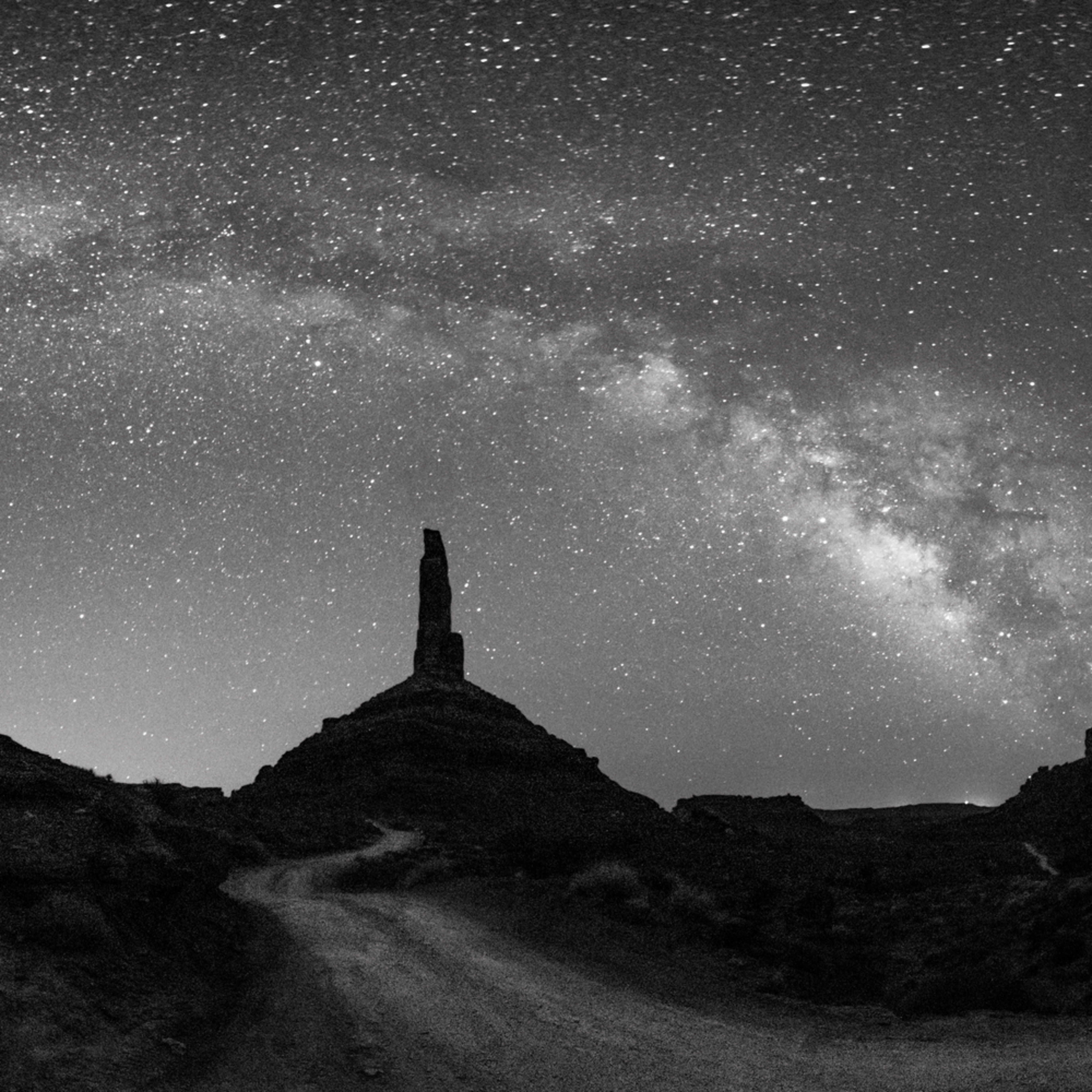 Milky way in valley of gods aii0po
