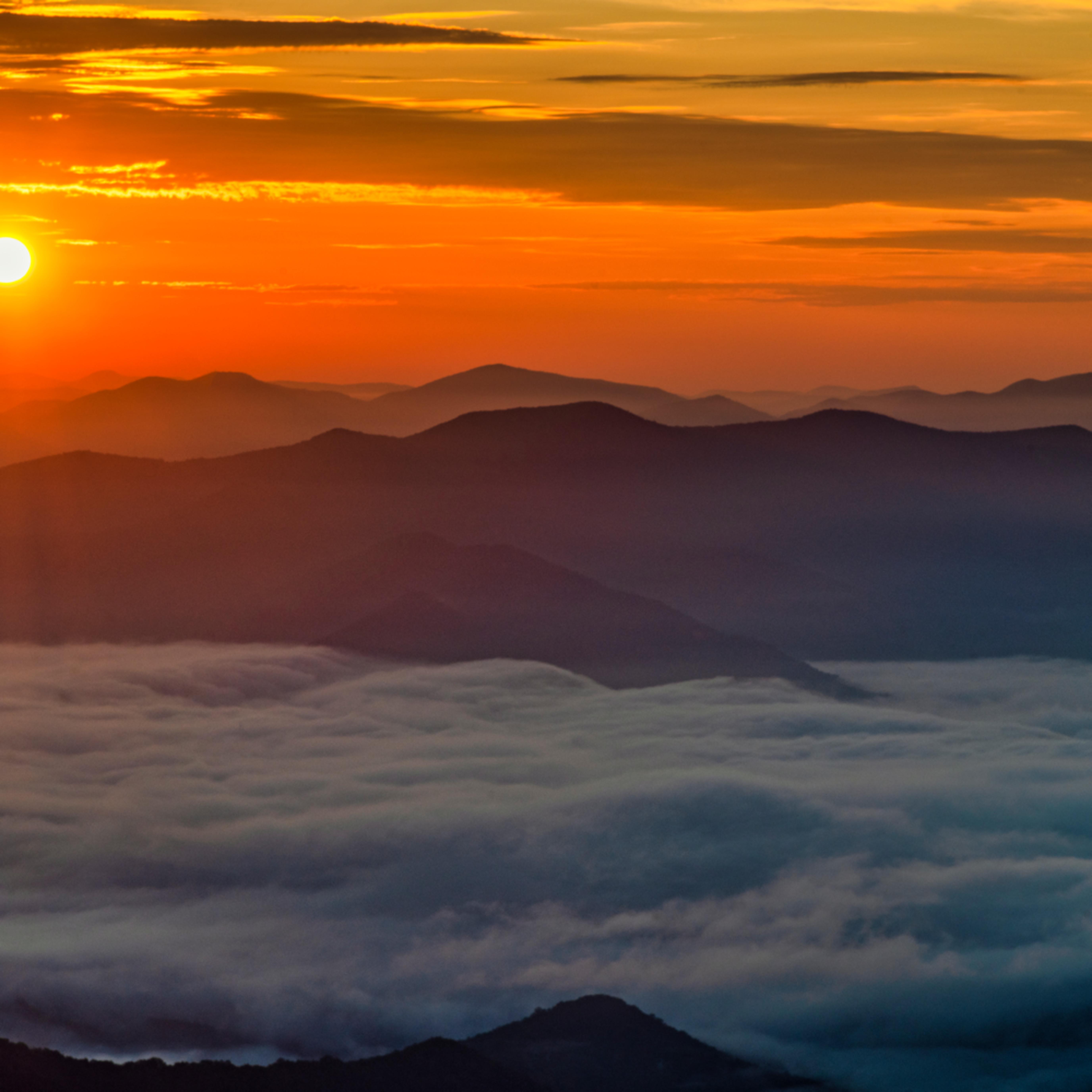 Andy crawford photography albert mountain sunrise l7txtb