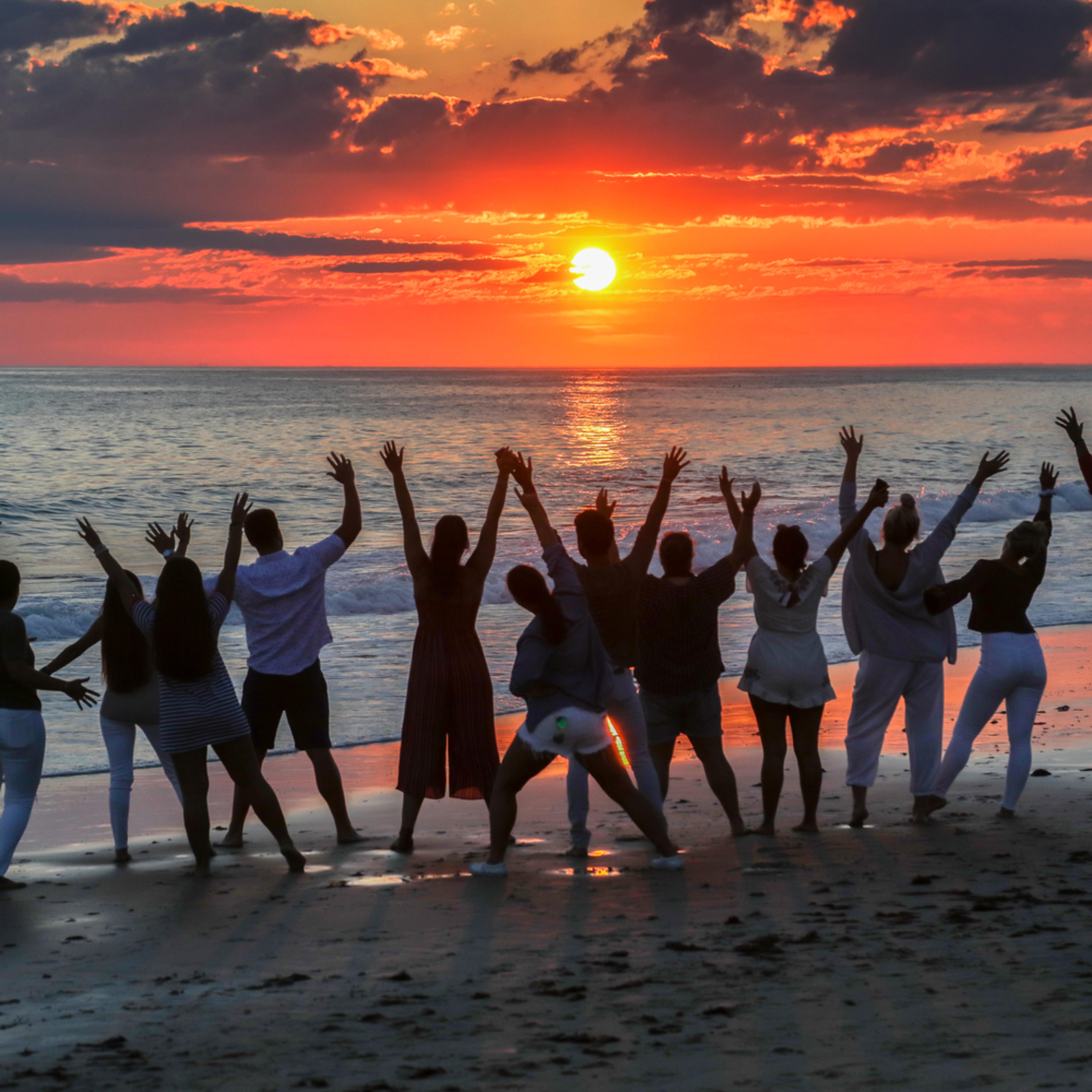 Moshup beach celebration v5nbjs