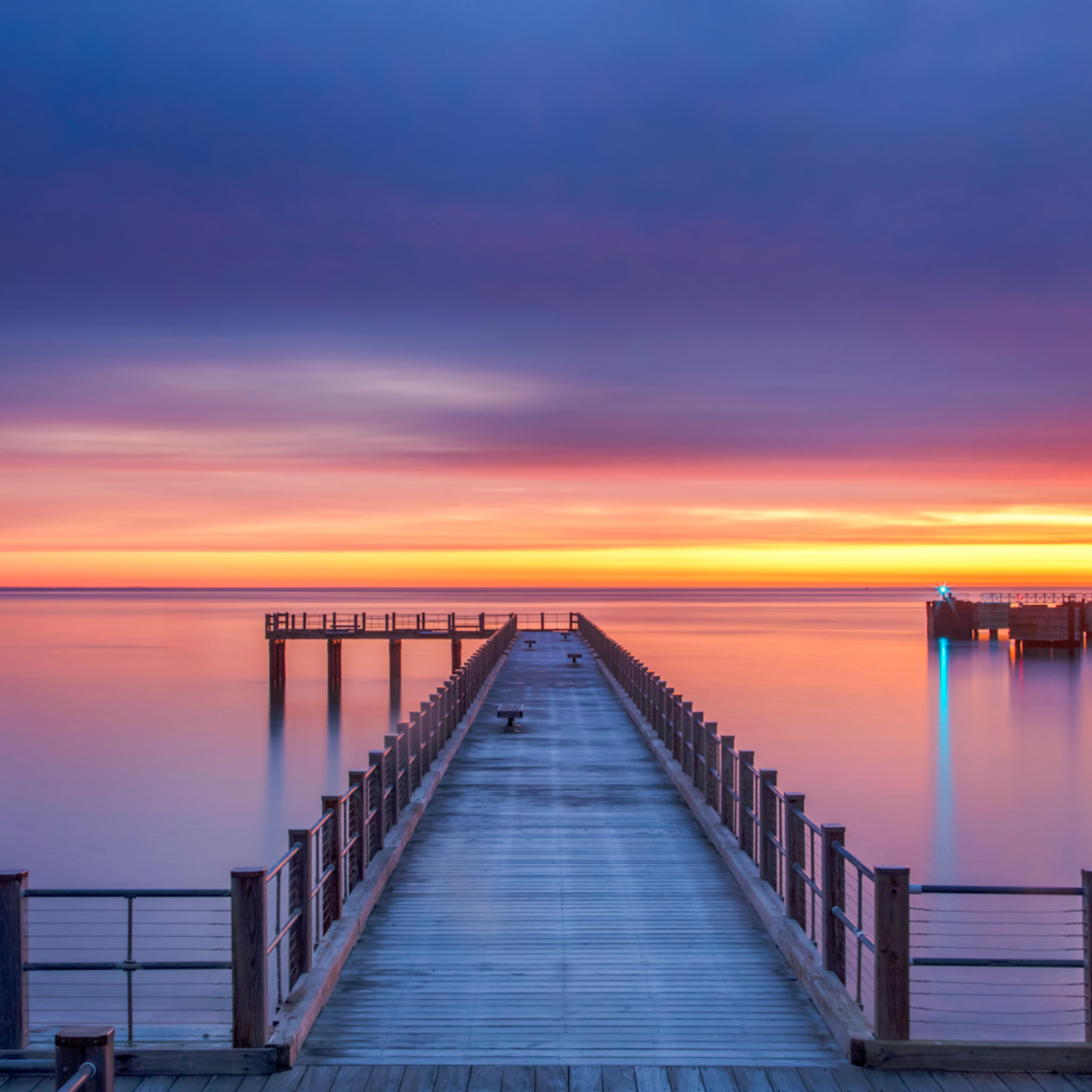 Fishing pier winter sunrise wzt7md
