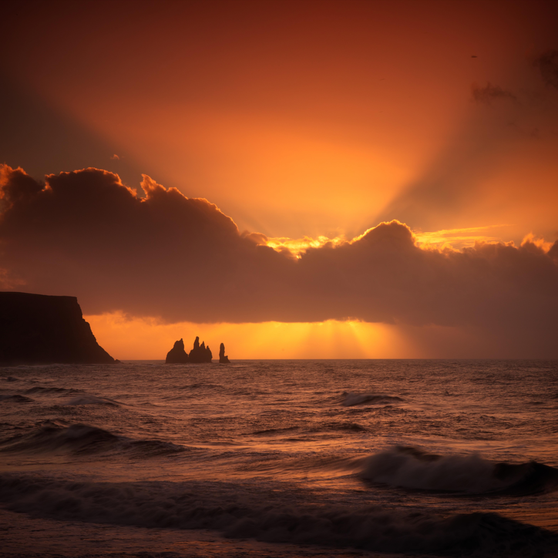 Icelandic daybreak 20170311 032153 mc 070 j8ozxv