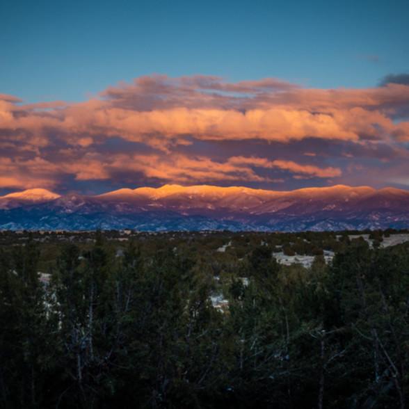 Last light on sangre de christo mountains  jxqsrm