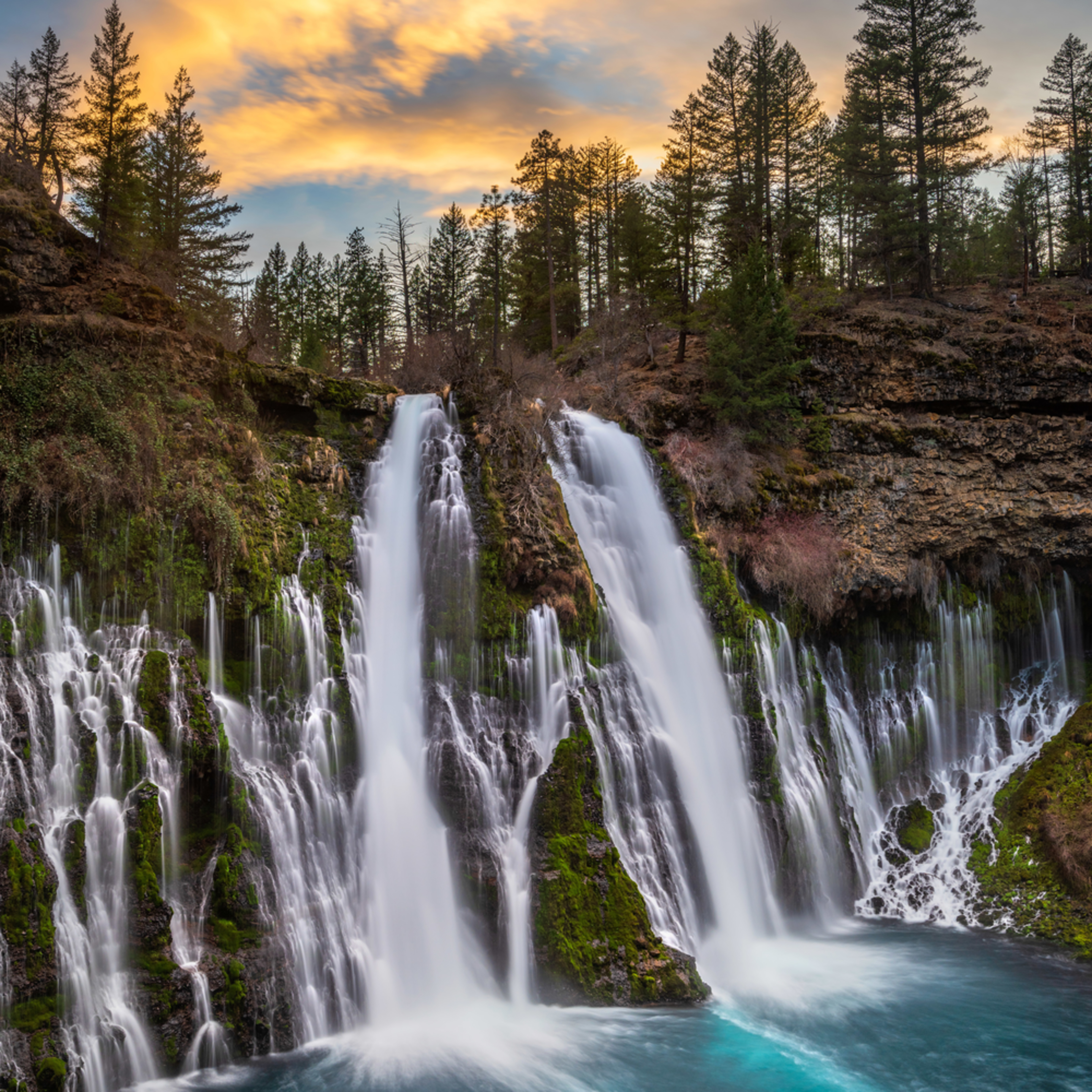 Burney falls sunset izchvs
