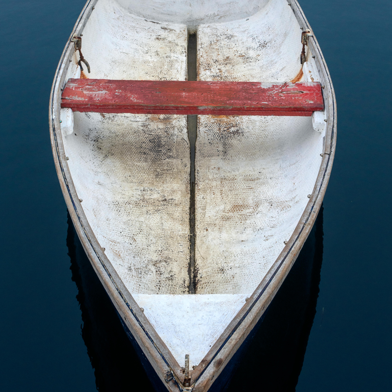 Cape porpoise weathered rowboat 1 je5omo